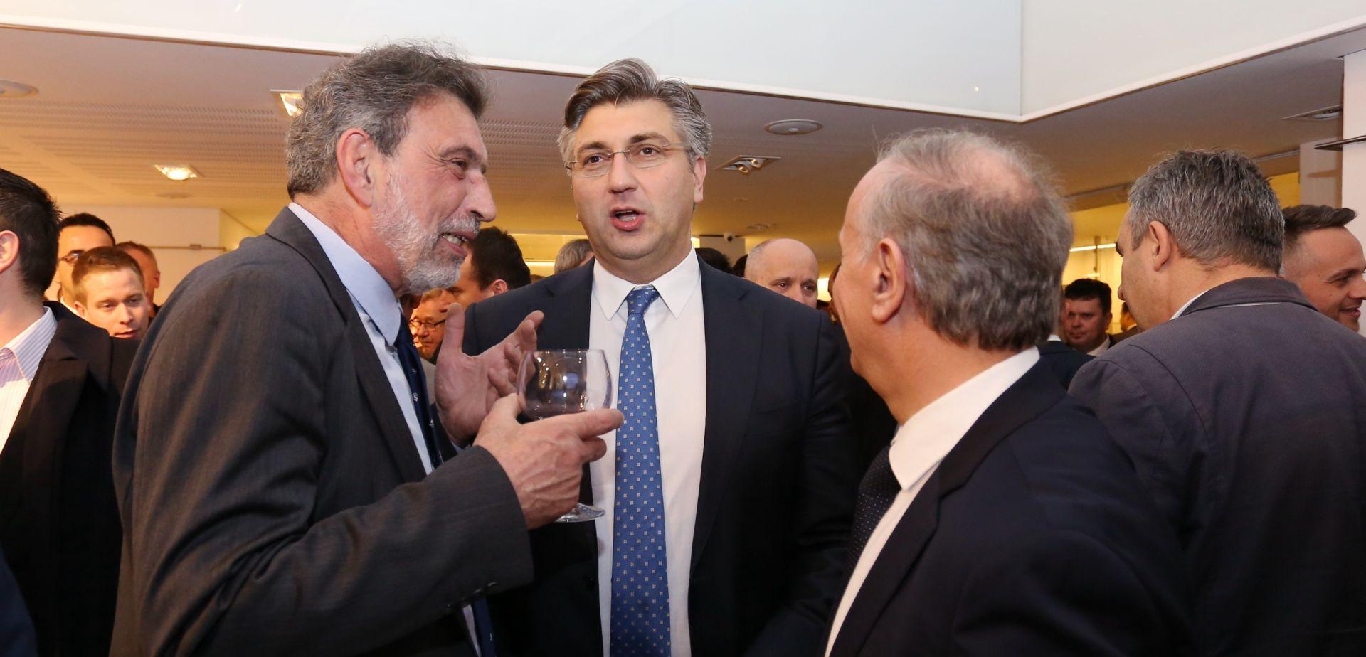 Fuchs imenovan posebnim savjetnikom premijera za kurikularnu