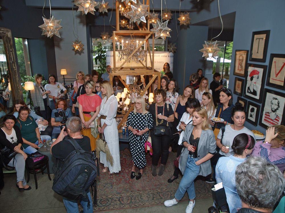 FOTO: Brojna poznata lica na predstavljanju ZIAJA Acai Berry