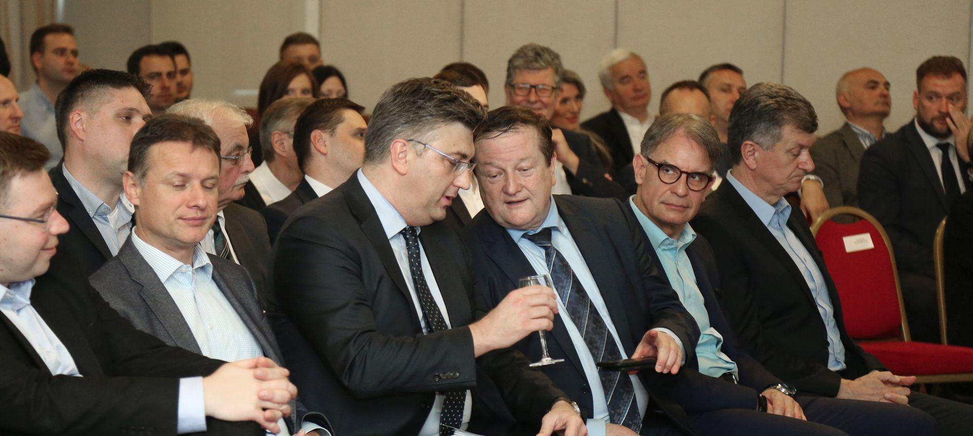 """Hrvatski P.E.N.: """"Boras autoritarno i samovoljno upravlja Sveučilištem"""""""