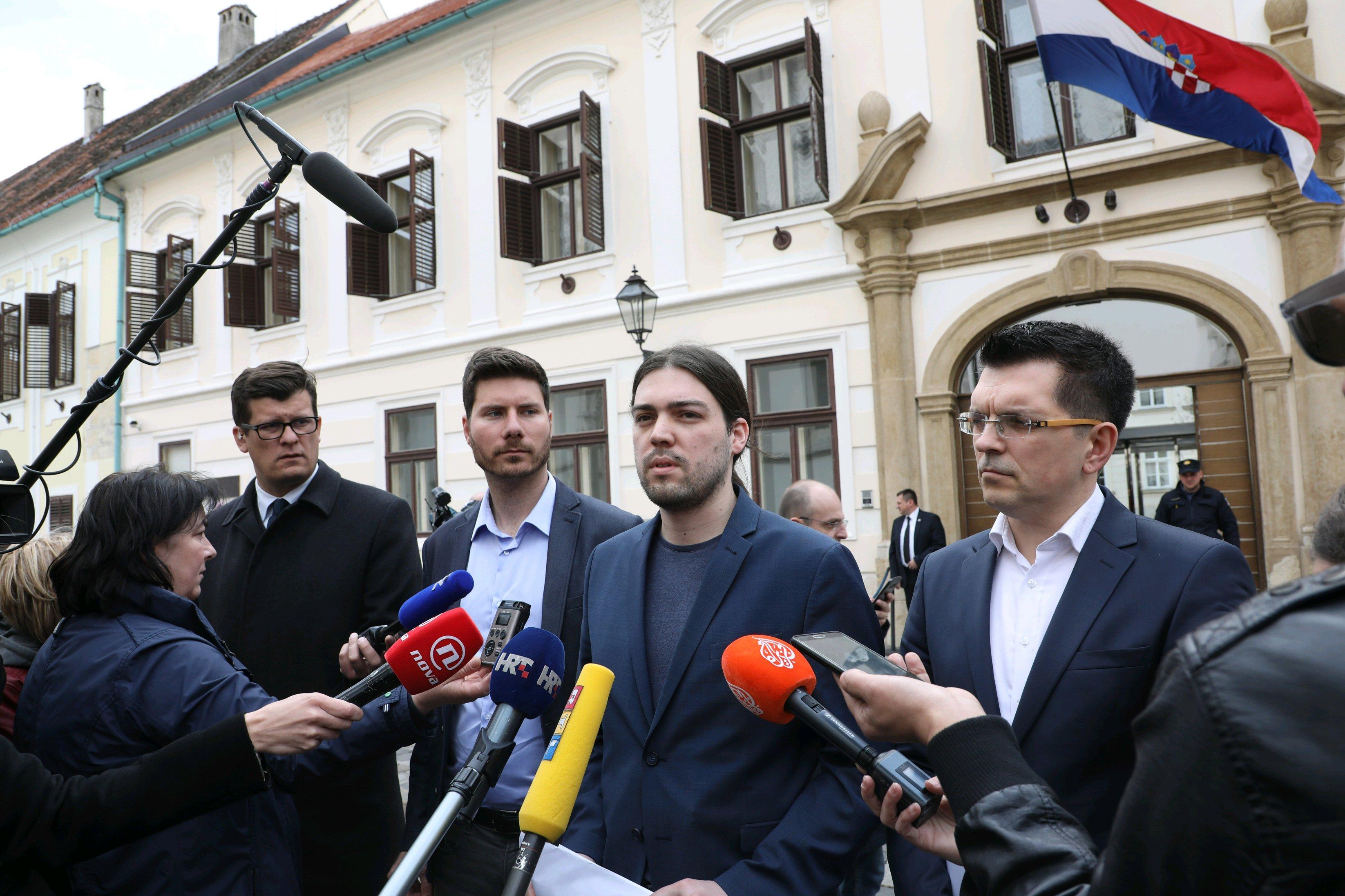 Većina političara misli da je Hrvatska profiitrala od EU, ne i Živi Zid