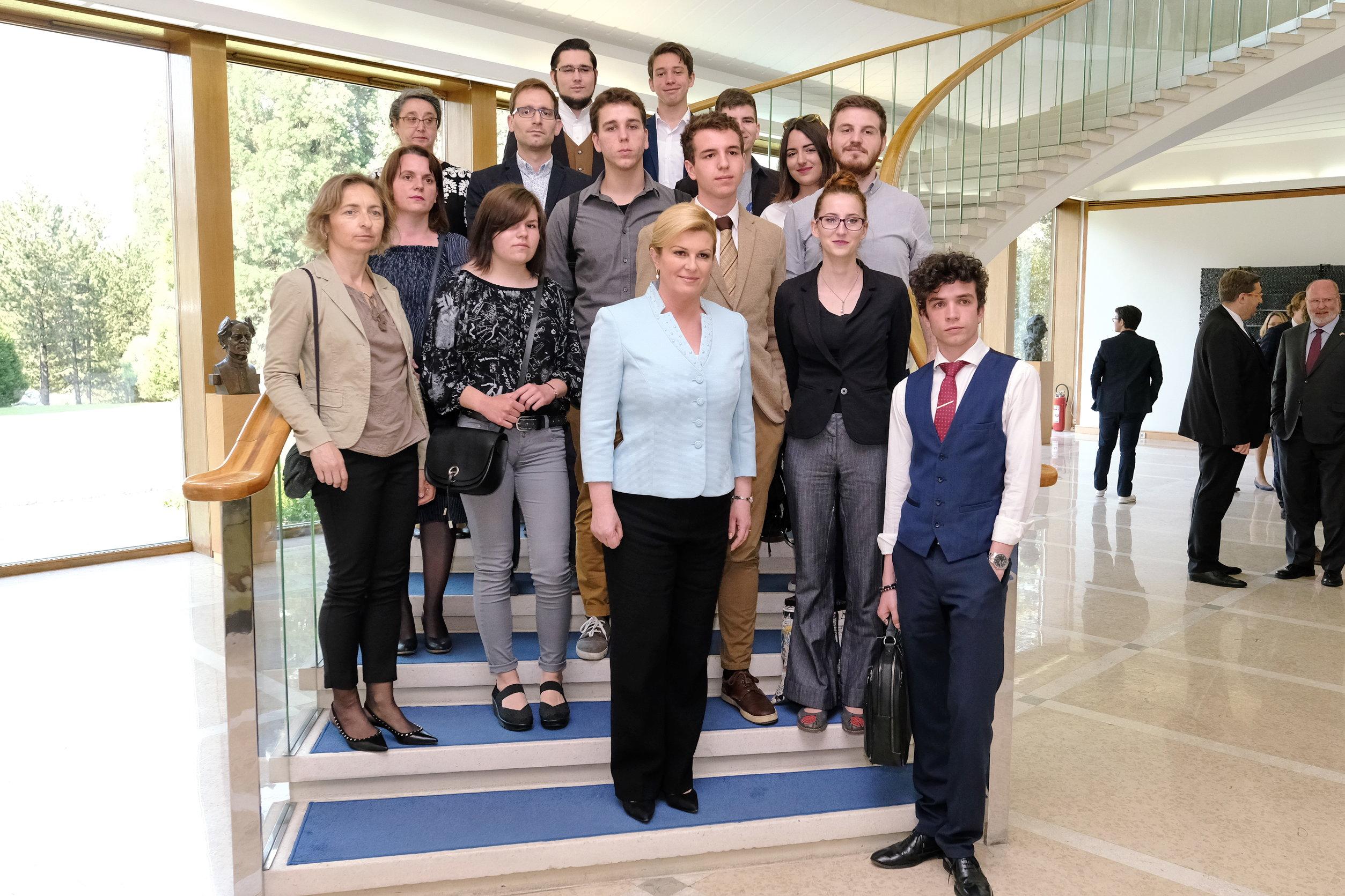 Grabar-Kitarović promiče ravnopravnost spolova među mladima