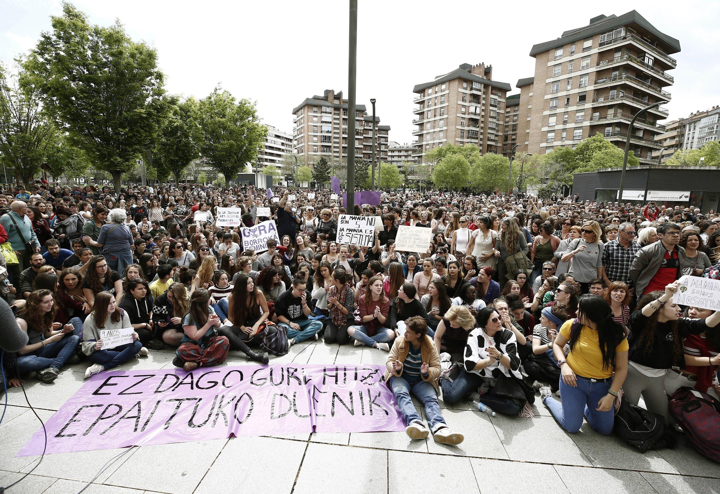 Veliki prosvjedi u Španjolskoj zbog silovanja u Pamploni