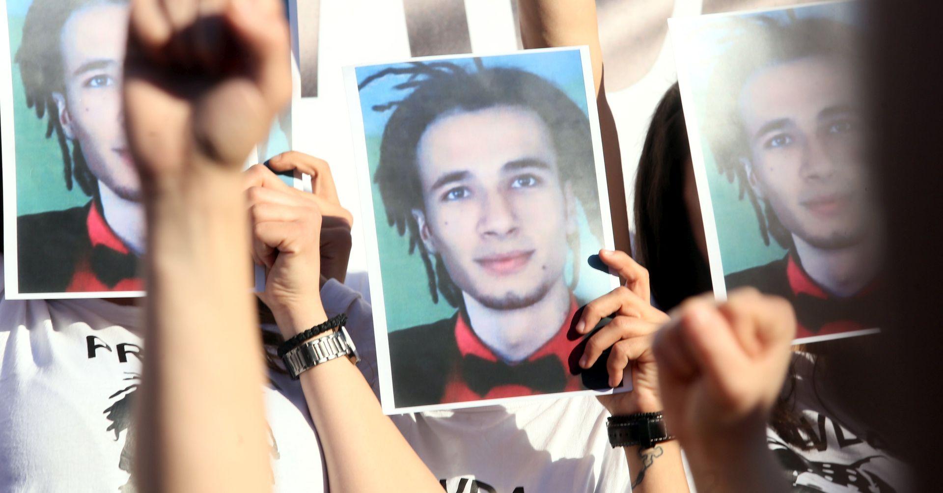 Sumnjiva smrt 21-godišnjaka najveći dosadašnji izazov Dodikovoj vlasti
