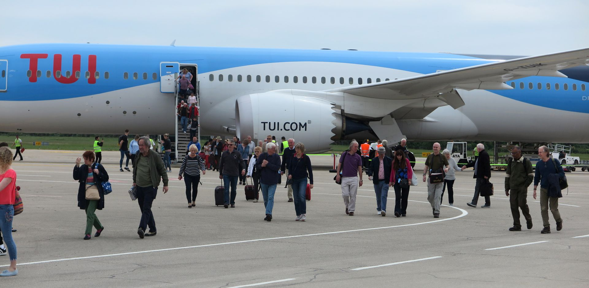 U Pulu sletio Boeing 787-900 Dreamliner s 329 putnika