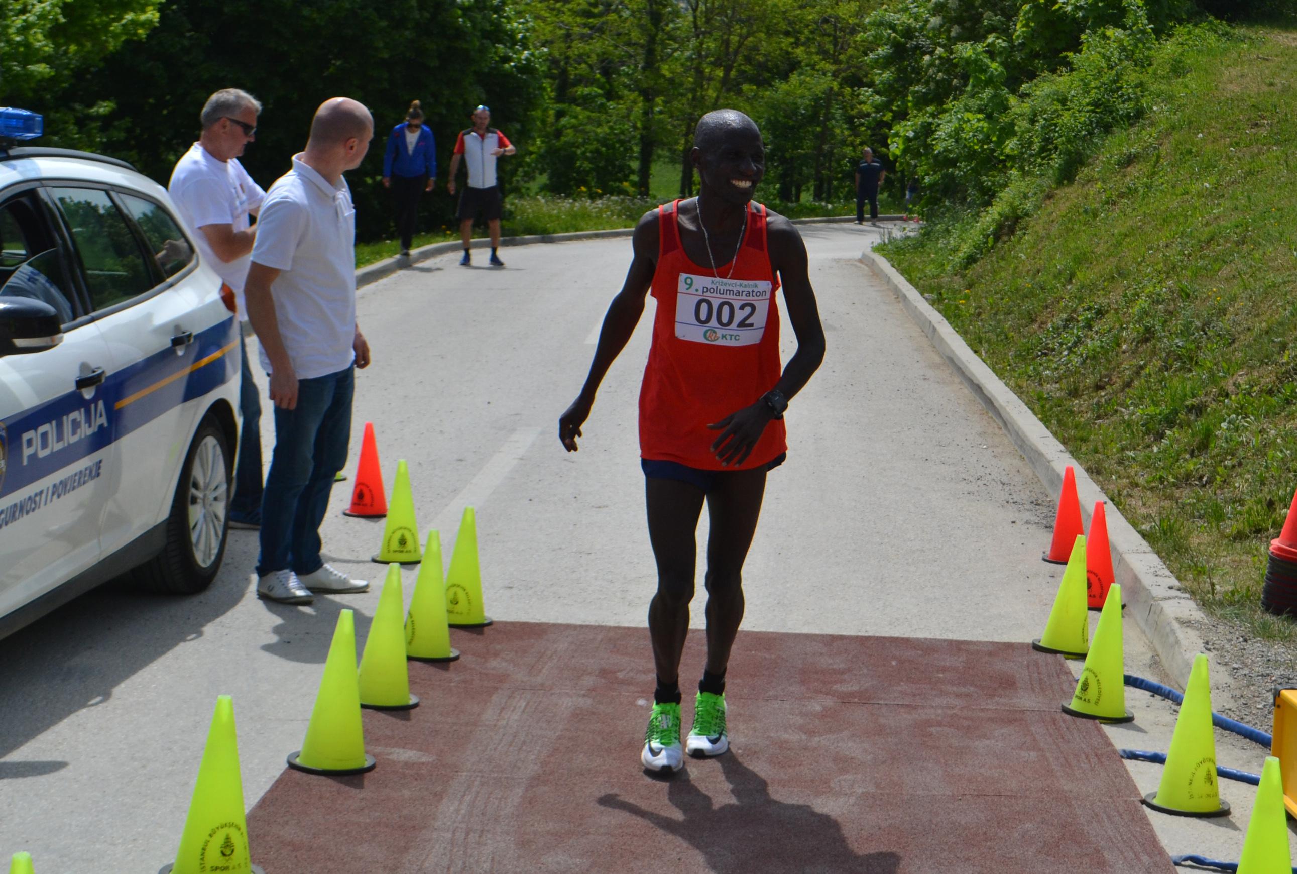 Pobjede Kenijca Kipkogeija i Mađarice Kacser uz rekorde utrke od Križevaca do Kalnika