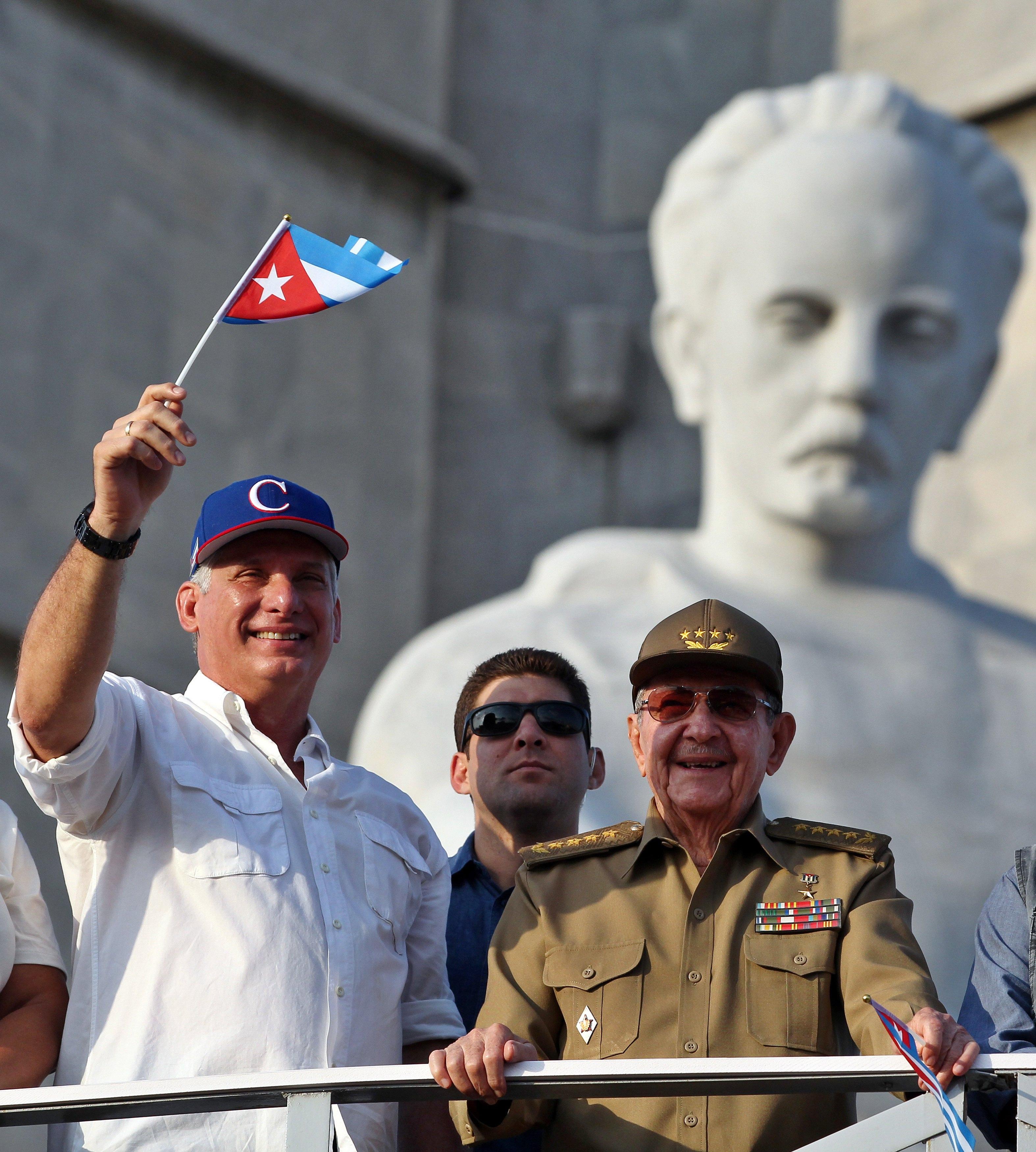 Castro i Diaz-Canel zajedno na proslavi Dana rada, pokazajući kontinuitet
