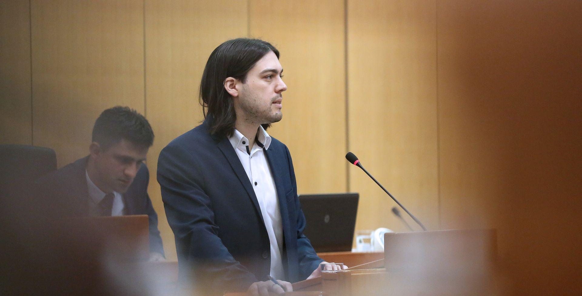 Sinčić u Saboru prozvao Vladu zbog LNG-a