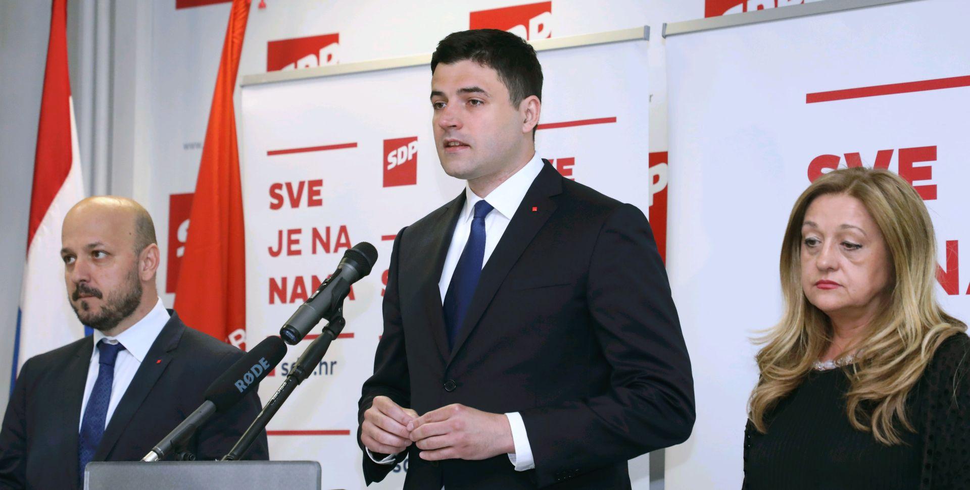 'HDZ želi ostvariti Tuđmanov san o 200 bogatih obitelji'