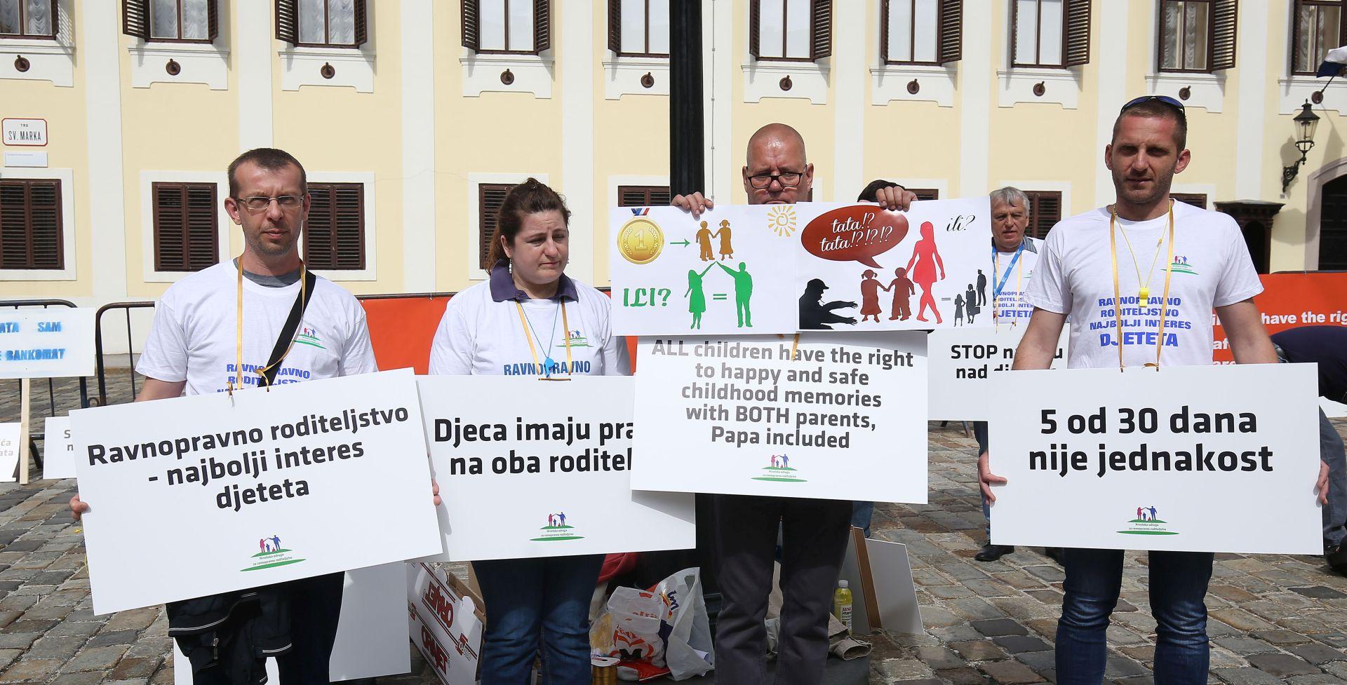 Prosvjed očeva kojima su uskraćena roditeljska prava