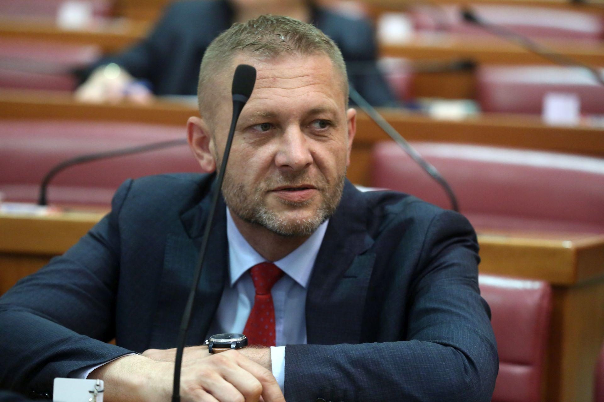 """Beljak traži sigurnosnu provjeru Horvata: """"Rekao je da ima oružje"""""""