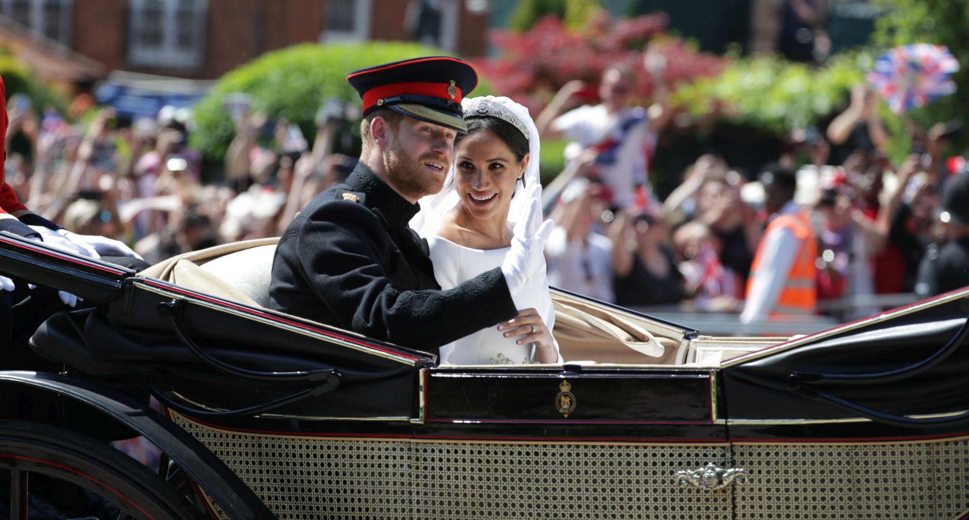 Kraljevska obitelj zahvalila javnosti