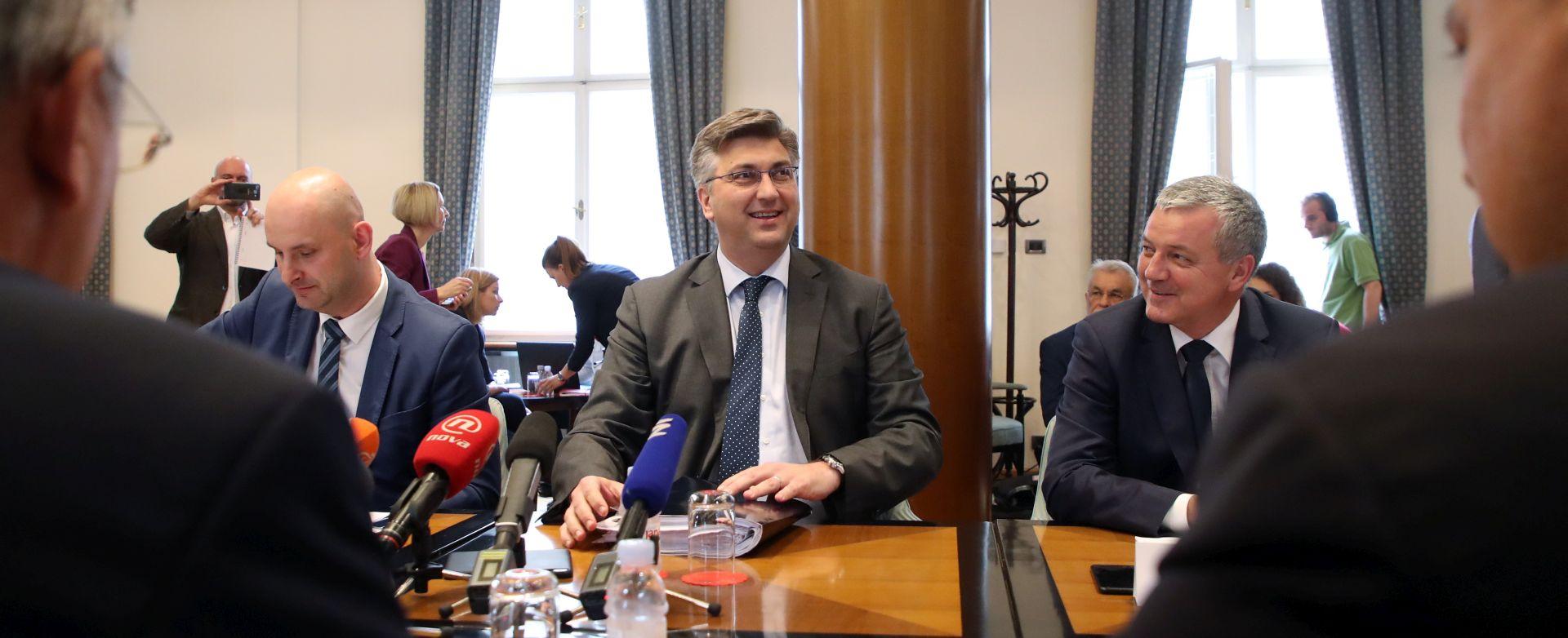 UŽIVO: Odbor podržao Tolušića, raspravlja se o Horvatu