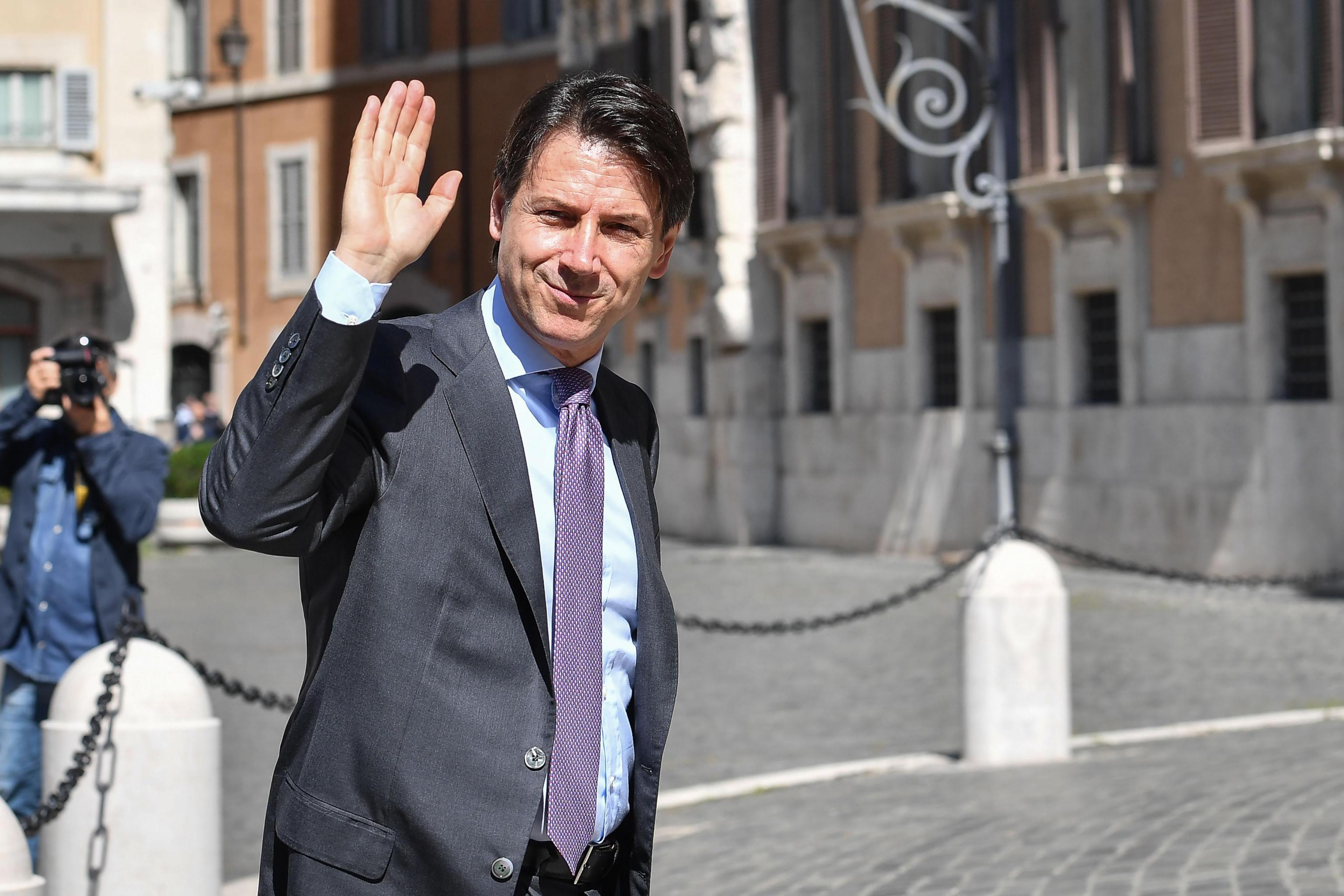 Prisegnuo novi predsjednik talijanske vlade Giuseppe Conte