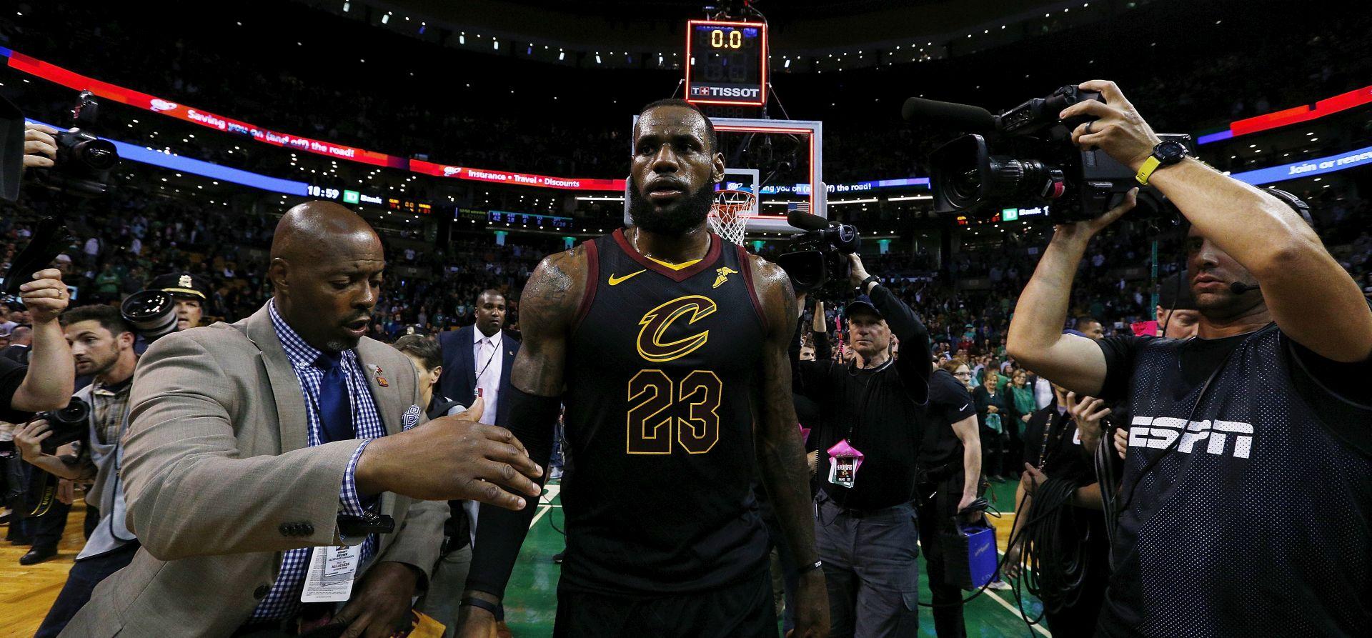 NBA LeBron James odveo Cleveland u veliko finale