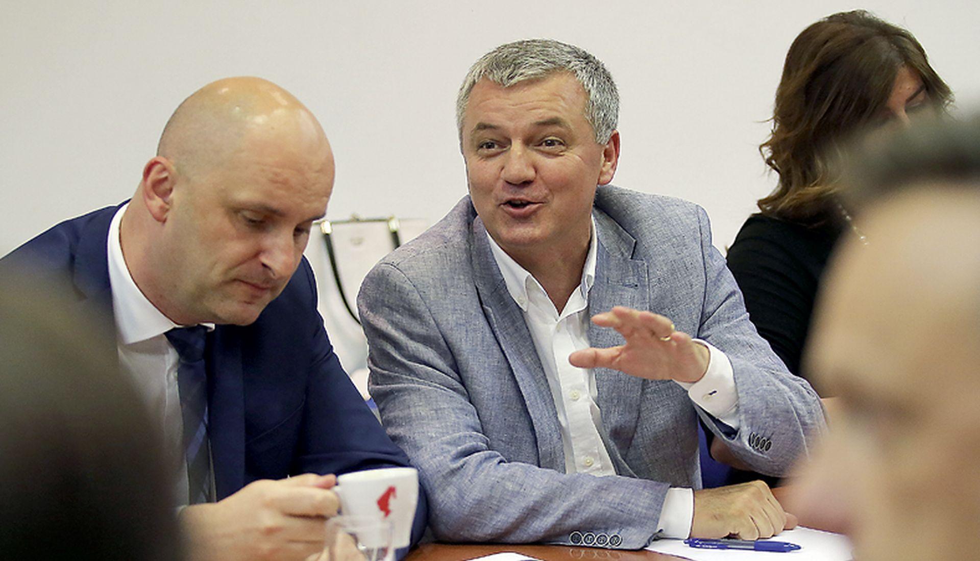 Neičekivani uzlet Tolušića i Horvata podijelio članstvo HDZ-a