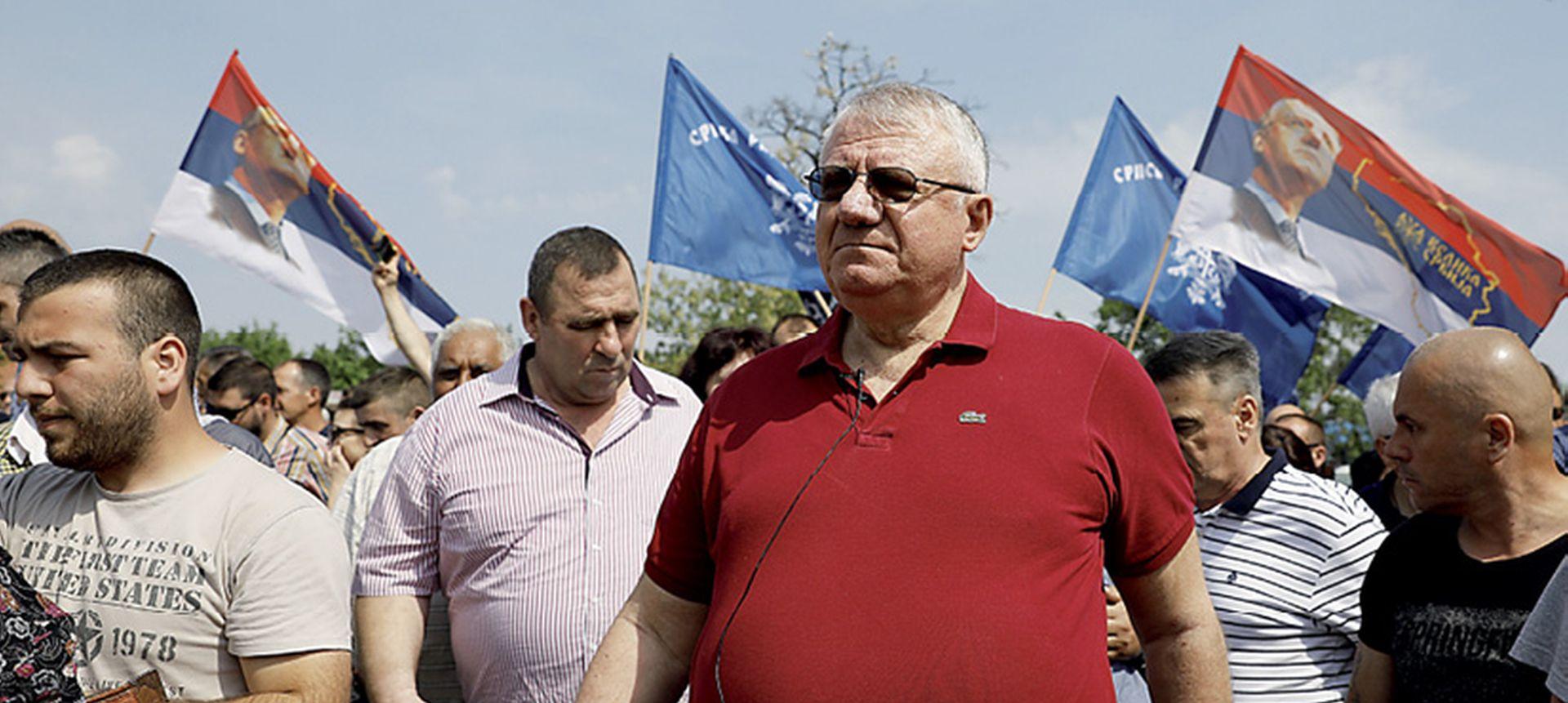 Šešeljeva predstava odvraća pažnju od nepovoljnog izvještaja EU o napretku Srbije