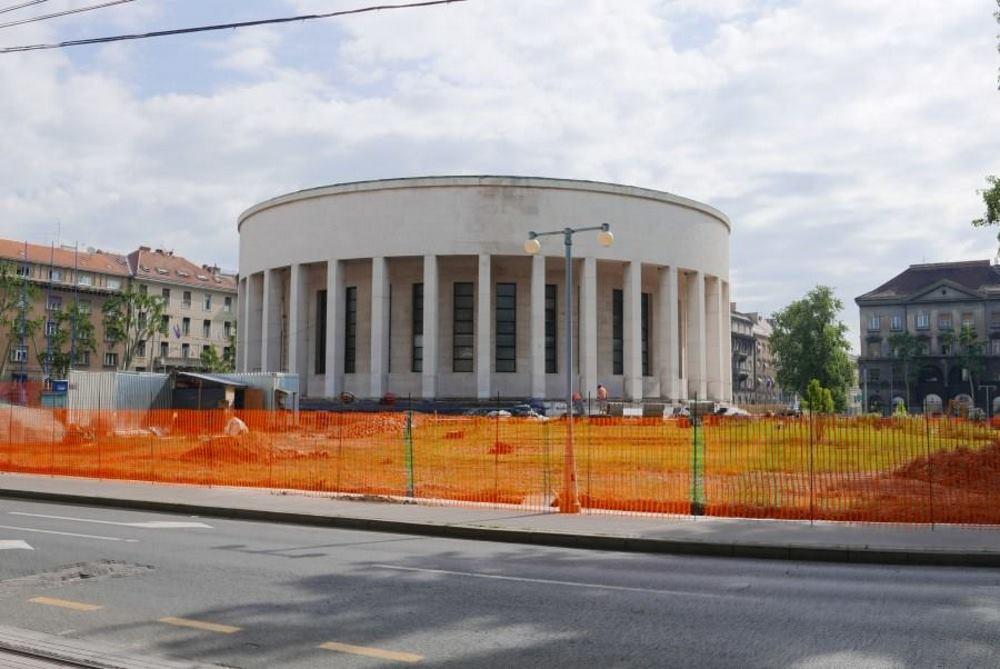 Nema rasprave o radovima na Trgu žrtava fašizma