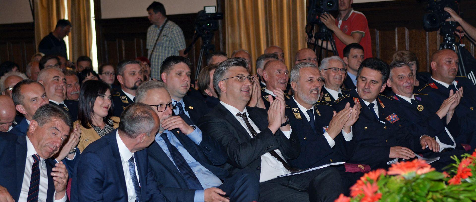 Vatrogascima 30 milijuna eura iz EU fondova