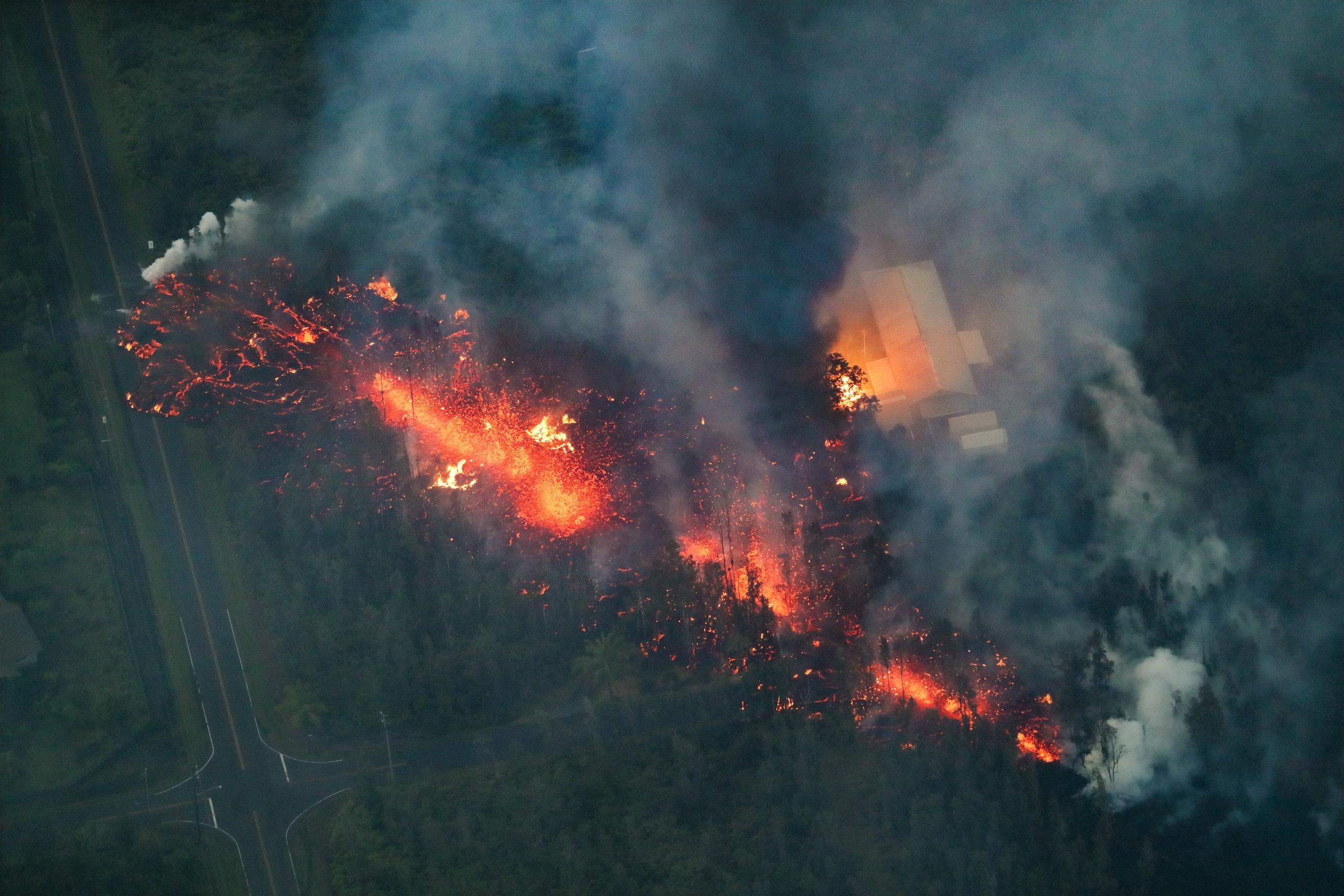 GUATEMALA Opasni uvjeti privremeno prekinuli potragu za preživjelima u erupciji vulkana