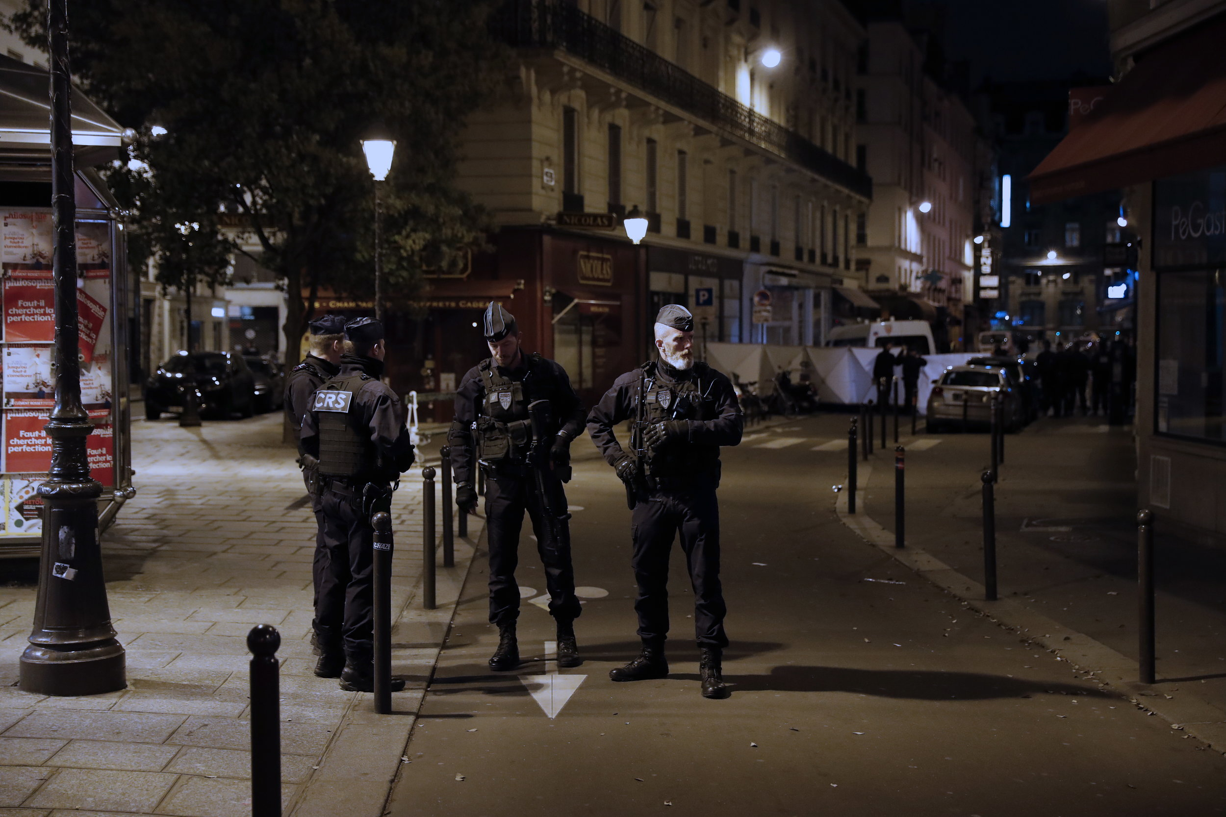 """PARIZ Jedan mrtav i četvero ozlijeđenih u napadu nožem, napadač izvikivao """"Allahu Akbar"""""""