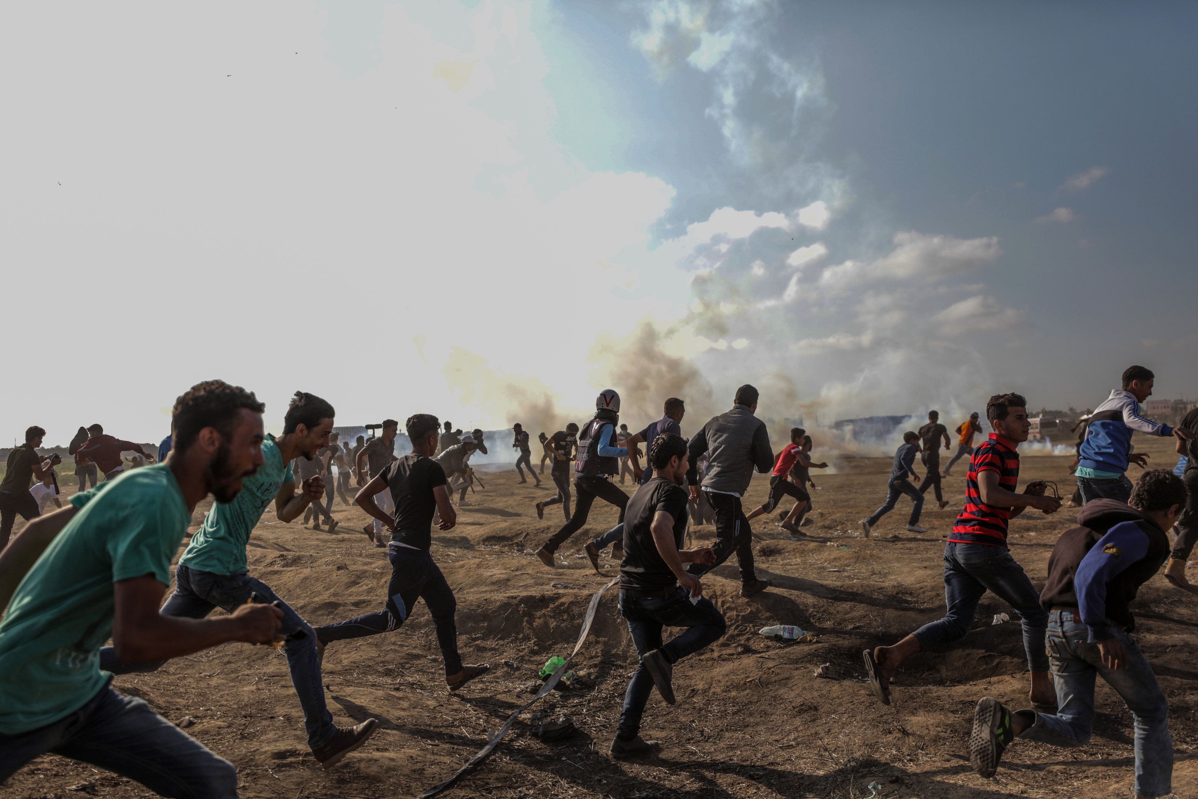 Izraelci mecima i suzavcem ranili stotine Palestinaca