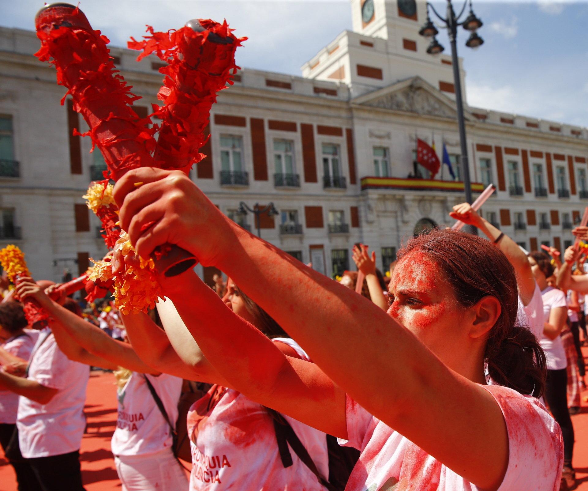 MADRID Deseci tisuća prosvjednika protiv tradicionalne borbe s bikovima