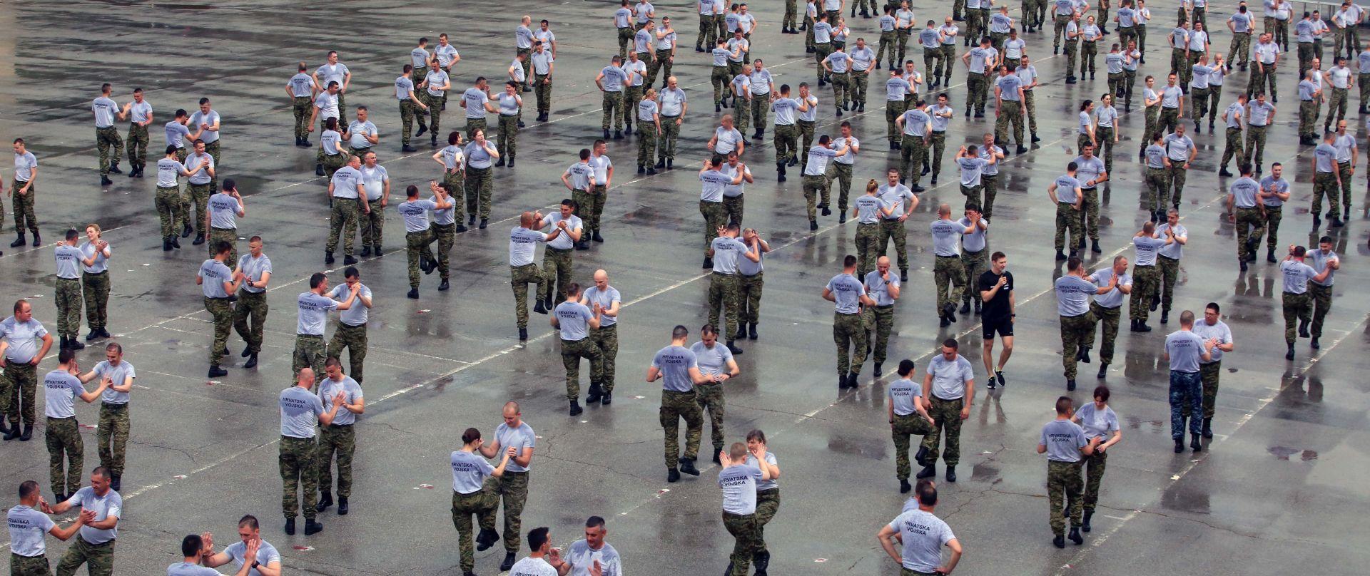 Najveće grupno vježbanje pripadnika HV-a
