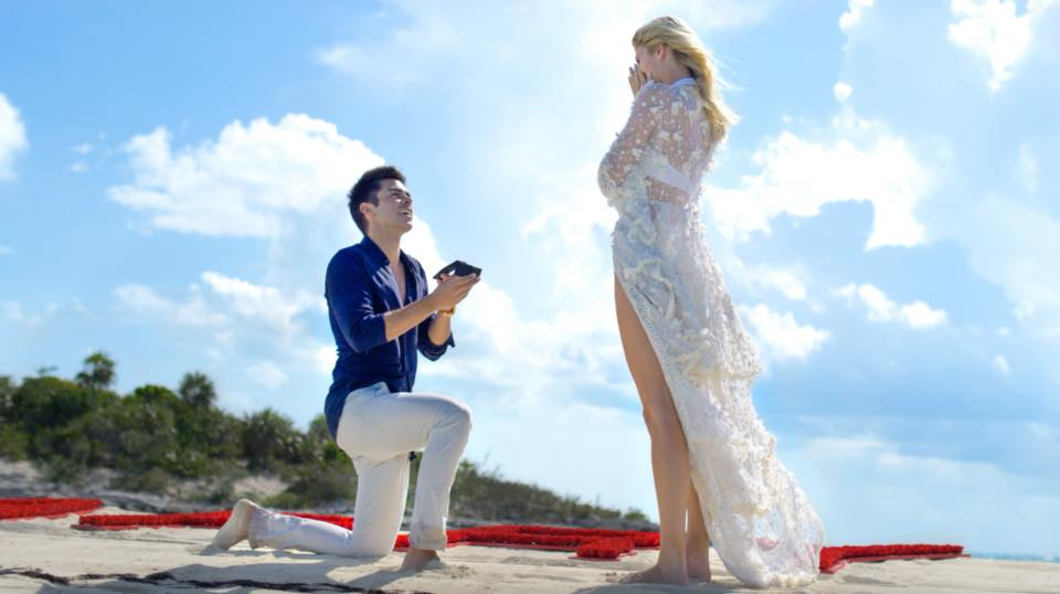 VIDEO: Top-model Devon Windsor se zaručila