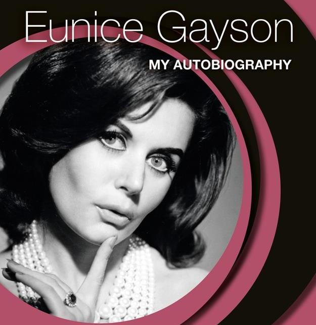 """VIDEO: Preminula prva """"Bond djevojka"""" Eunice Gayson"""
