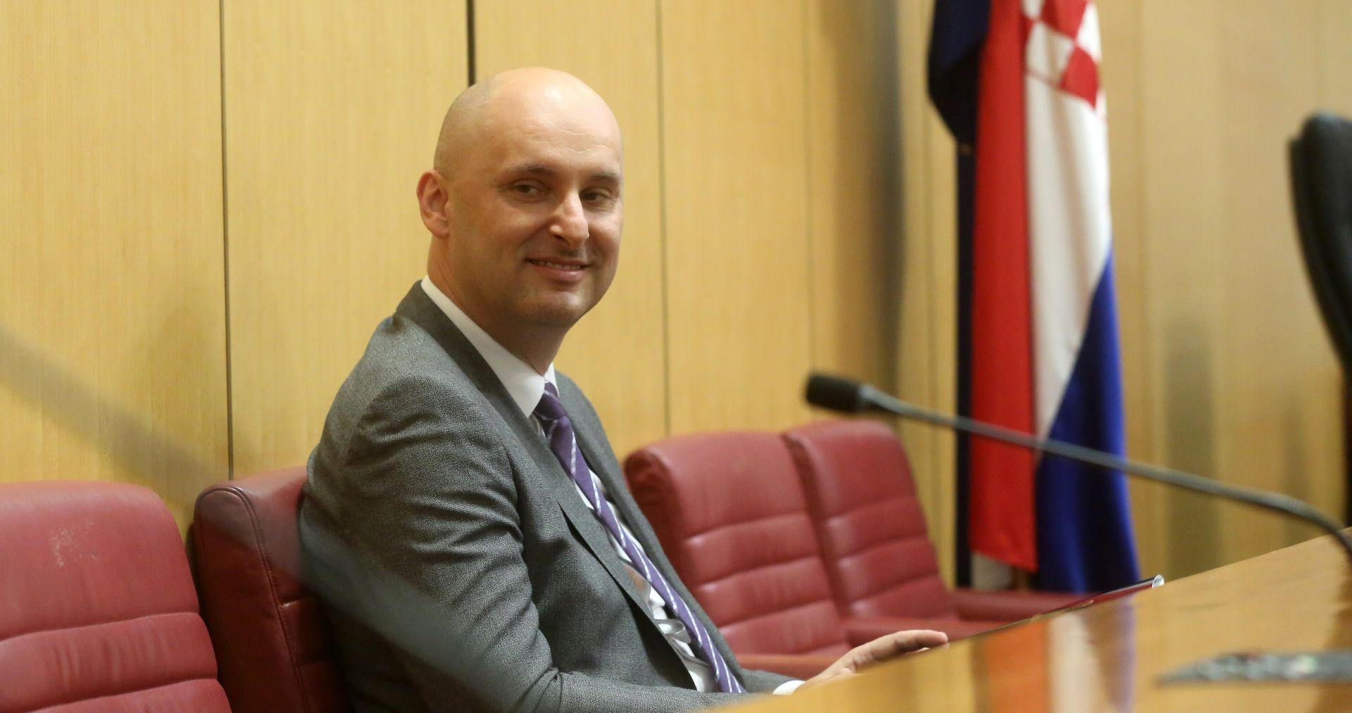 'Razgovor s premijerom zatražila je Adris grupa'