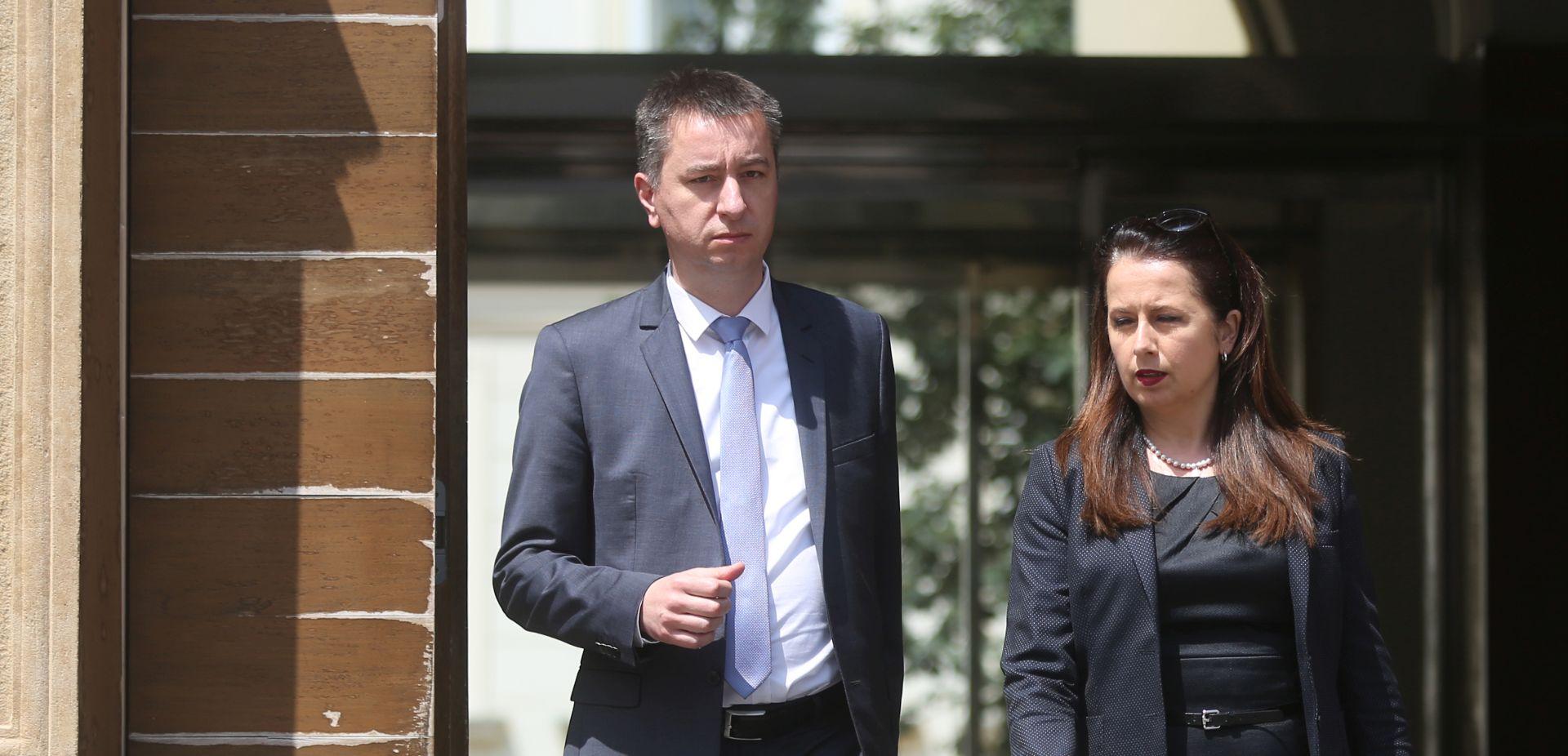 VISOKI TRGOVAČKI SUD 'Samo izvanredni povjerenik može imenovati savjetnike'
