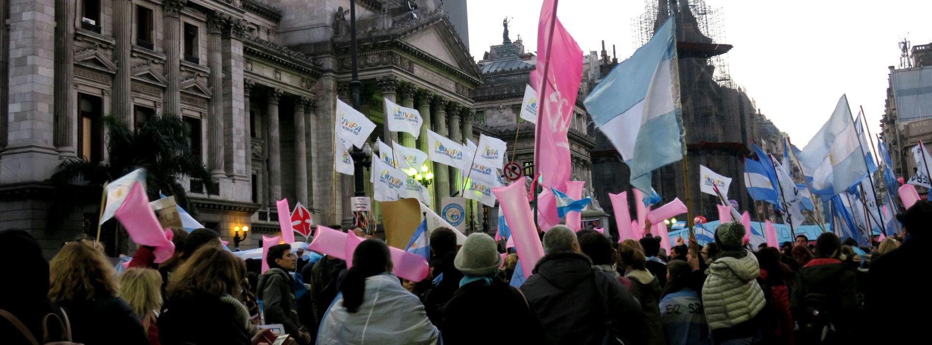 Argentina legalizira pobačaj