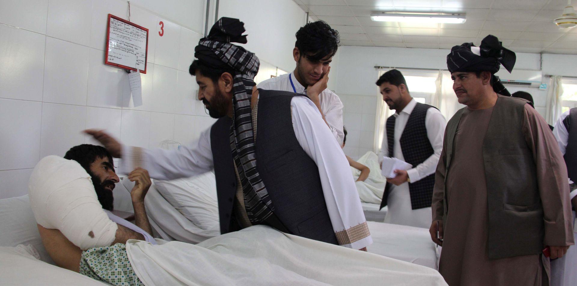 U eksploziji autobombe 20 mrtvih tijekom primirja na istoku Afganistana