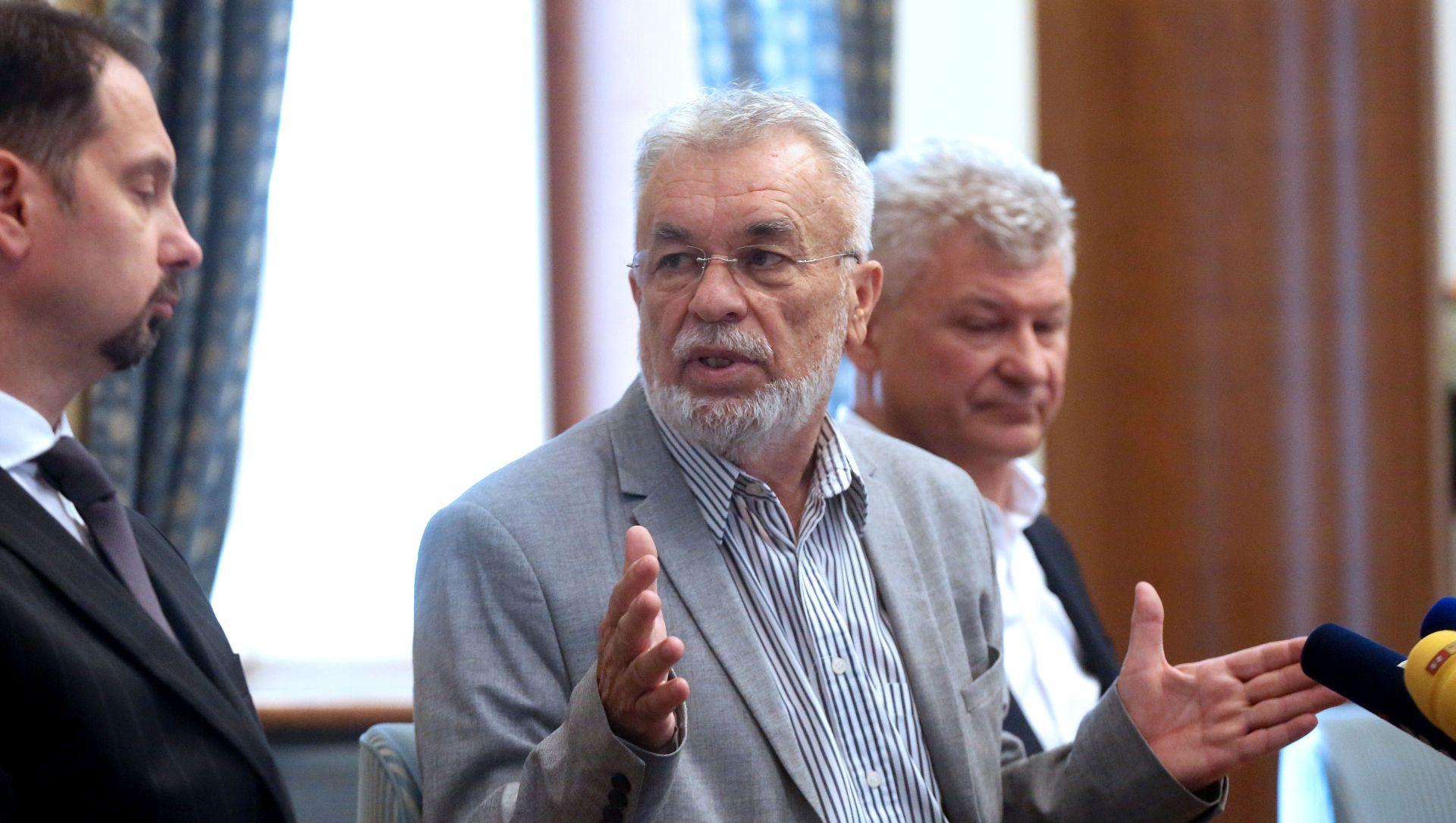 'Umjesto PDV-a treba smanjiti poreze na plaću'