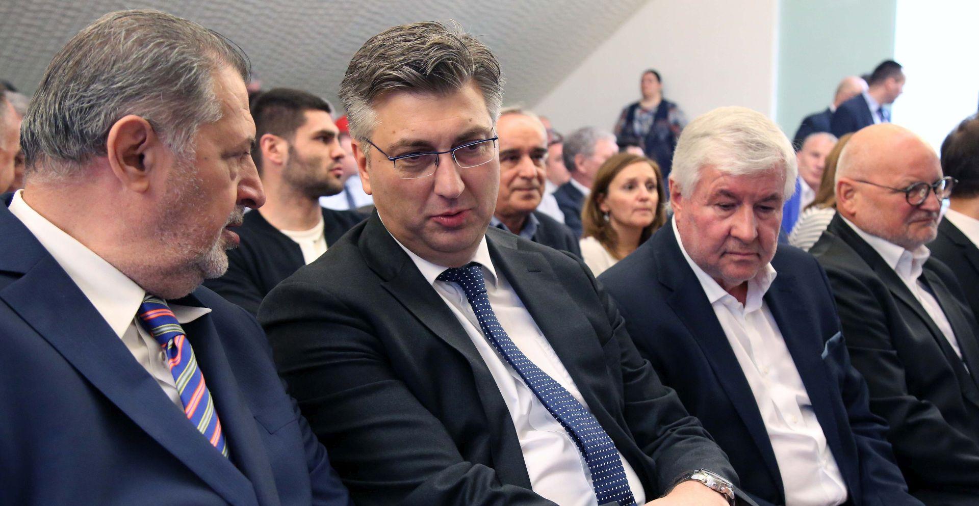 'Vlada čini sva da ljudi ostanu u Hrvatskoj'