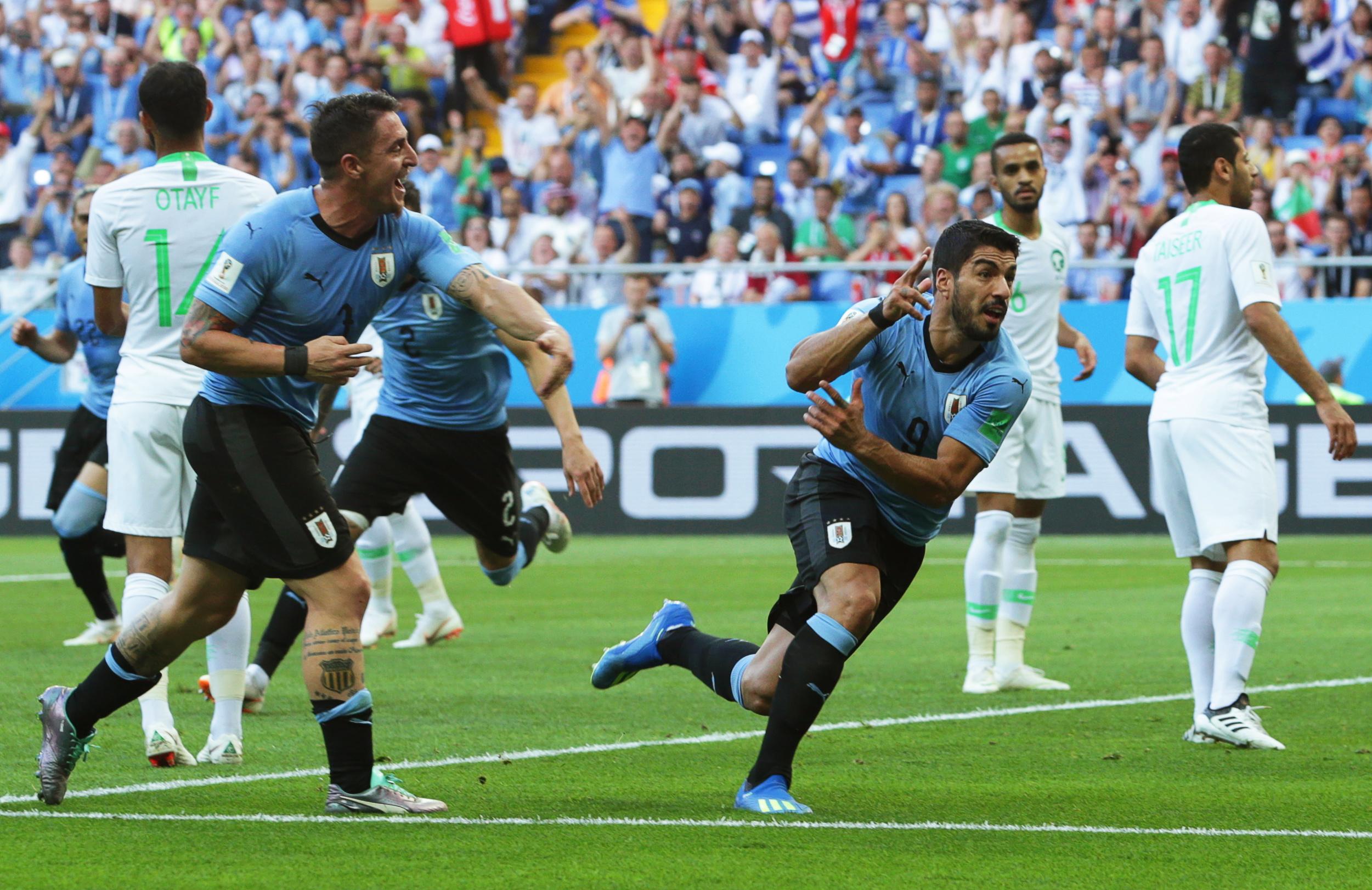 Urugvaj s dva gola do šest bodova i prolaska u osminu finala
