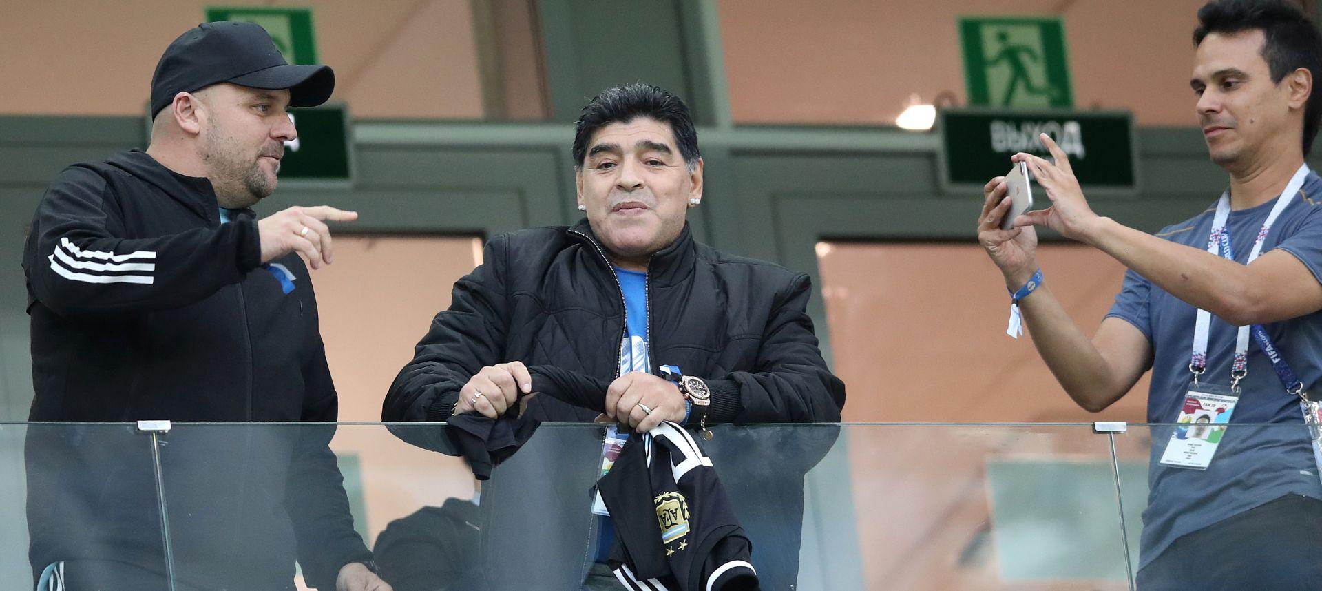 Maradona želi sastanak s igračima, kaže da je bijesan i uznemiren