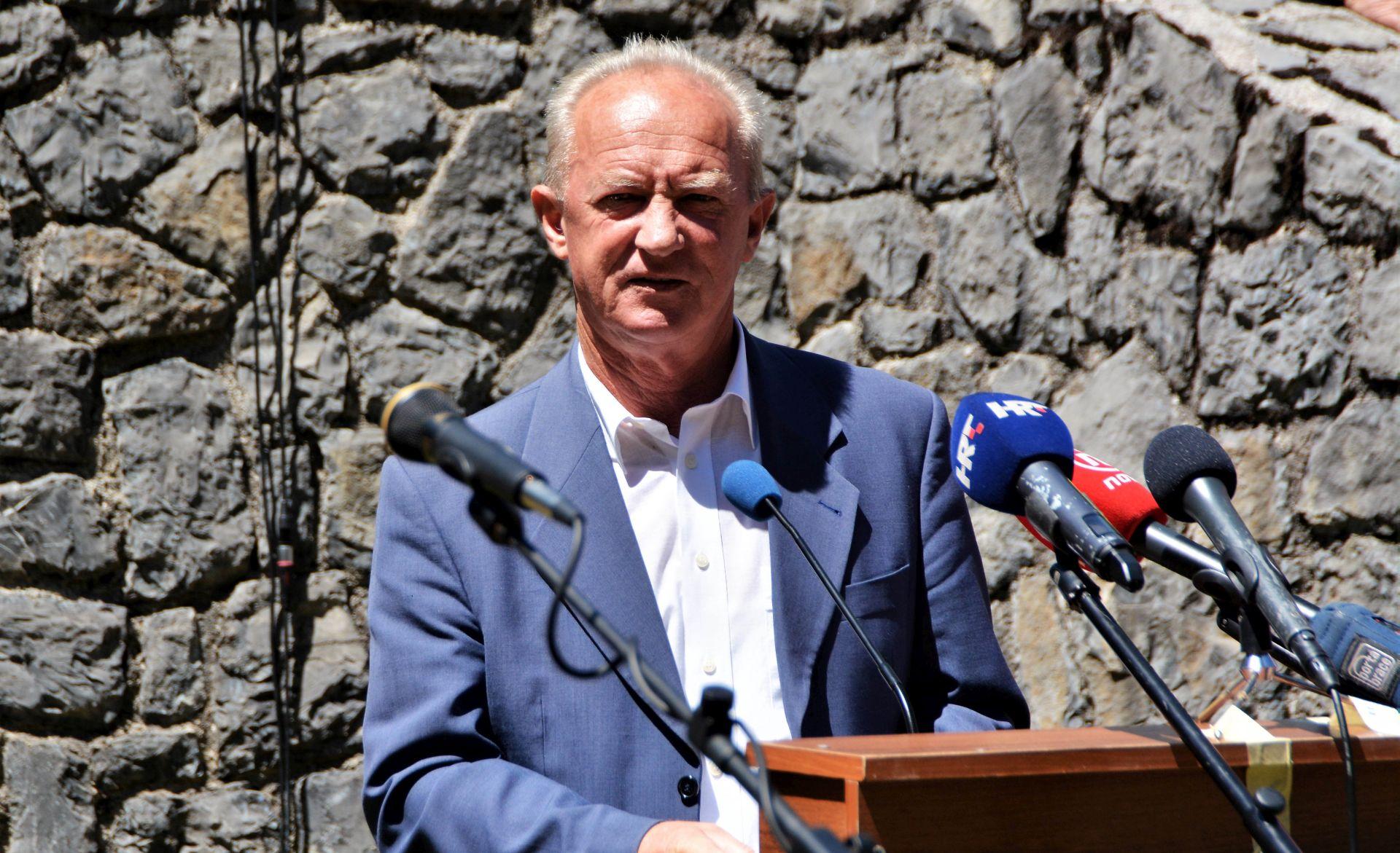 """SABA """"Bozanić falsificira povijesne činjenice i brani ustaške zločine"""""""