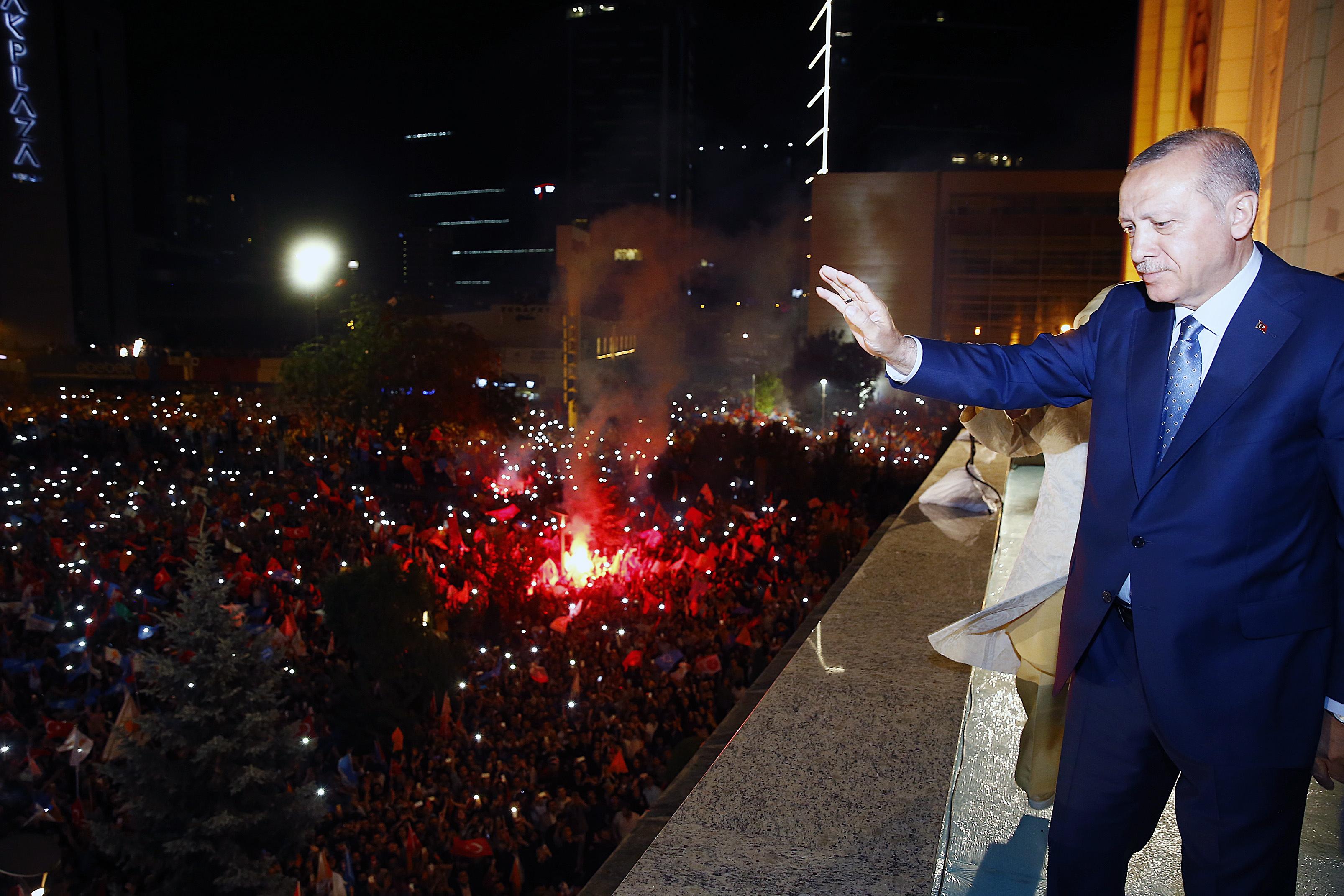 Turska obilježava obljetnicu neuspjelog državnog udara dok počinje novo Erdoganovo doba