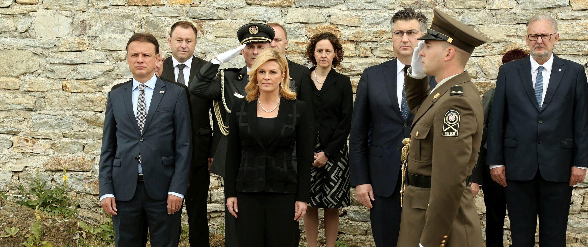 FOTO: Državni vrh odao počast poginulima za Domovinu