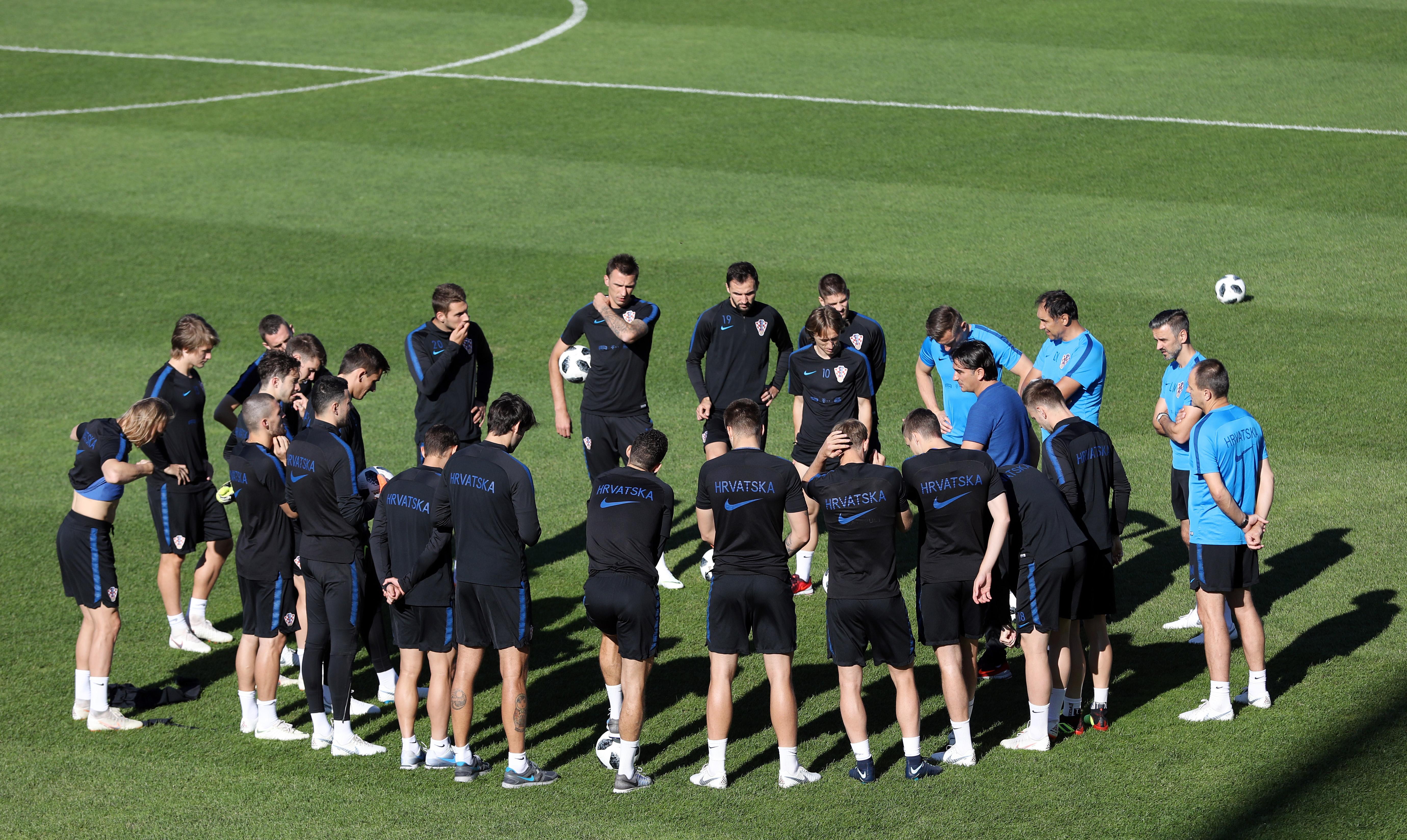 Vatreni odradili prvi trening nakon pobjede nad Islandom, Ćorluka i Lovren dobili poštedu