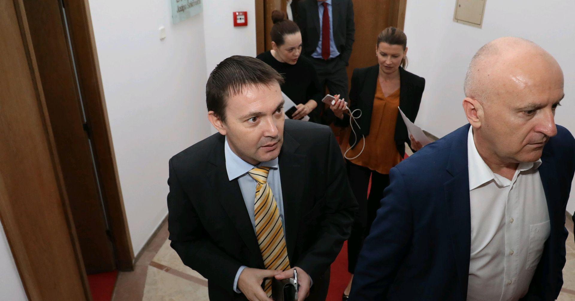 SDP-ovci u Saboru nezadovoljni i zabrinuti stanjem u stranci