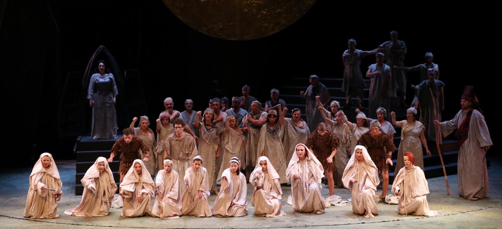 Diana Haller, Daria Masiero i Mario Zeffiri pjevaju operu 'Norma'