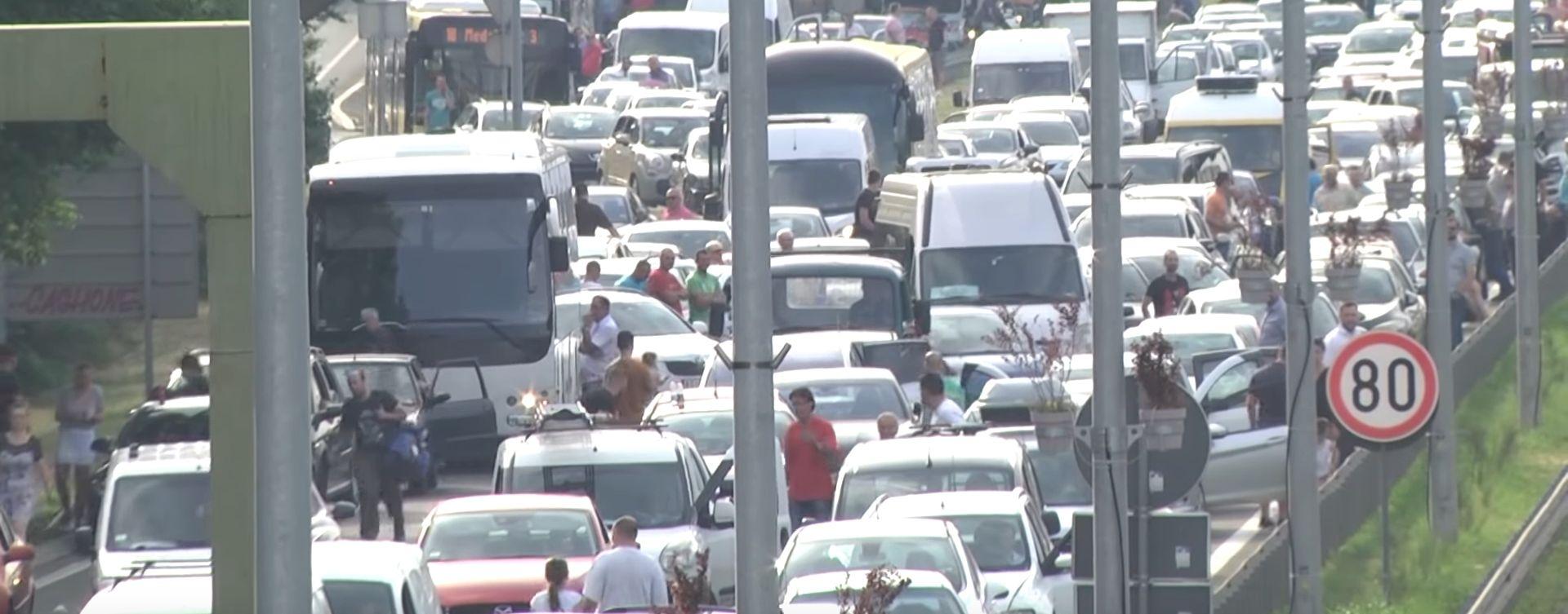 Nastavljeni prosvjedi blokadom prometnica u Novom Sadu