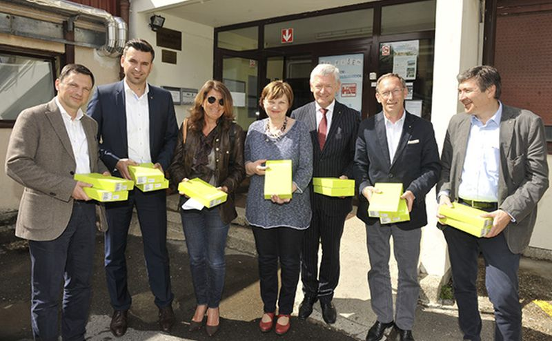 Rotary klub Zagreb Medvedgrad donirao tablete Centru za autizam