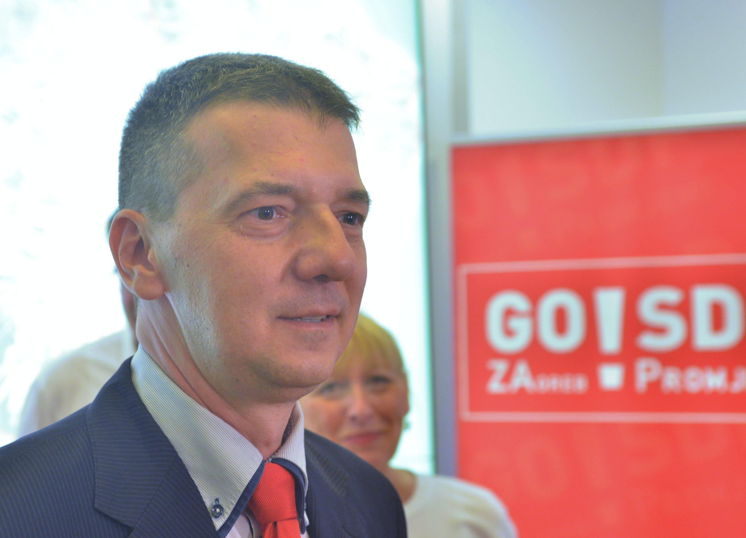 Hrestak glasao i opovrgnuo da je kandidat šefa stranke