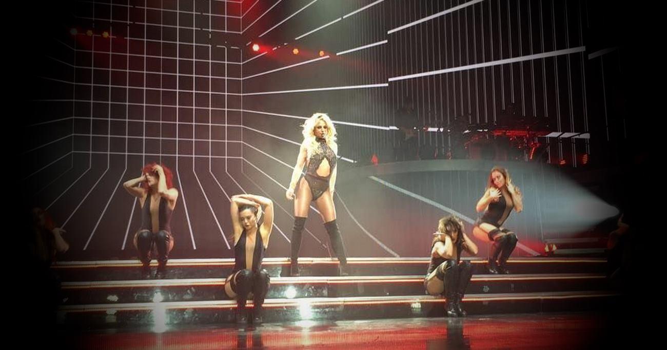 VIDEO: Britney Spears nastupila u poznatom Radio City Music Hallu