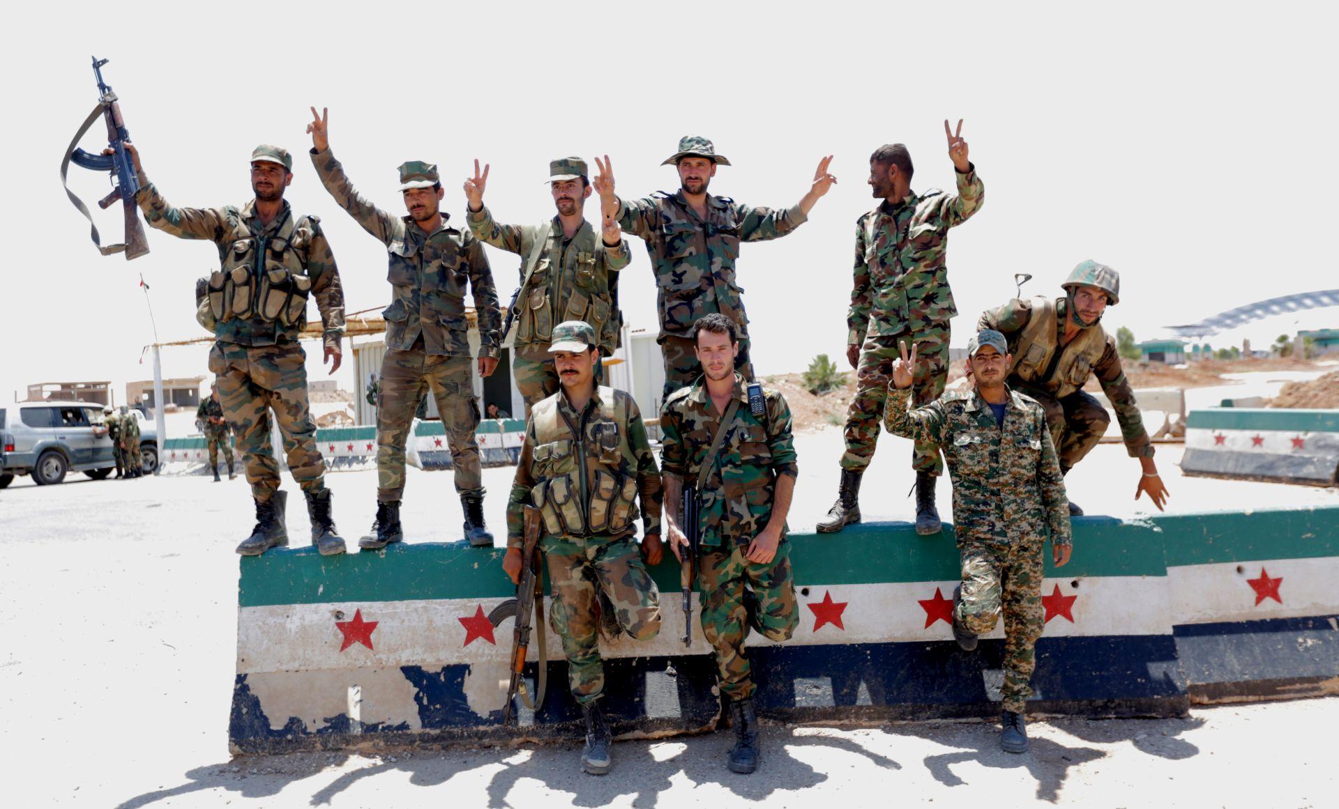 Prvi put nakon 2011. sirijska vojska podigla zastavu u gradu Dari