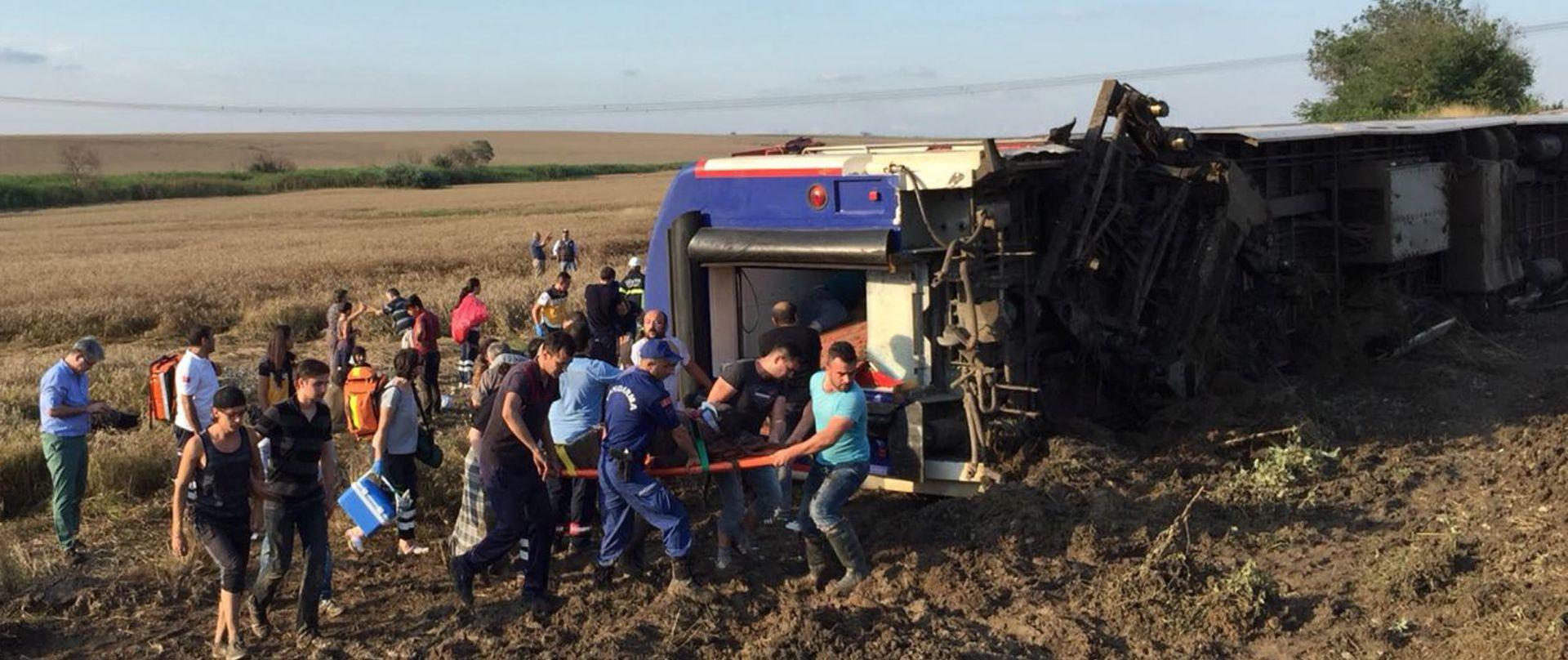 U željezničkoj nesreći u Turskoj 24 poginulih i 124 ozlijeđenih