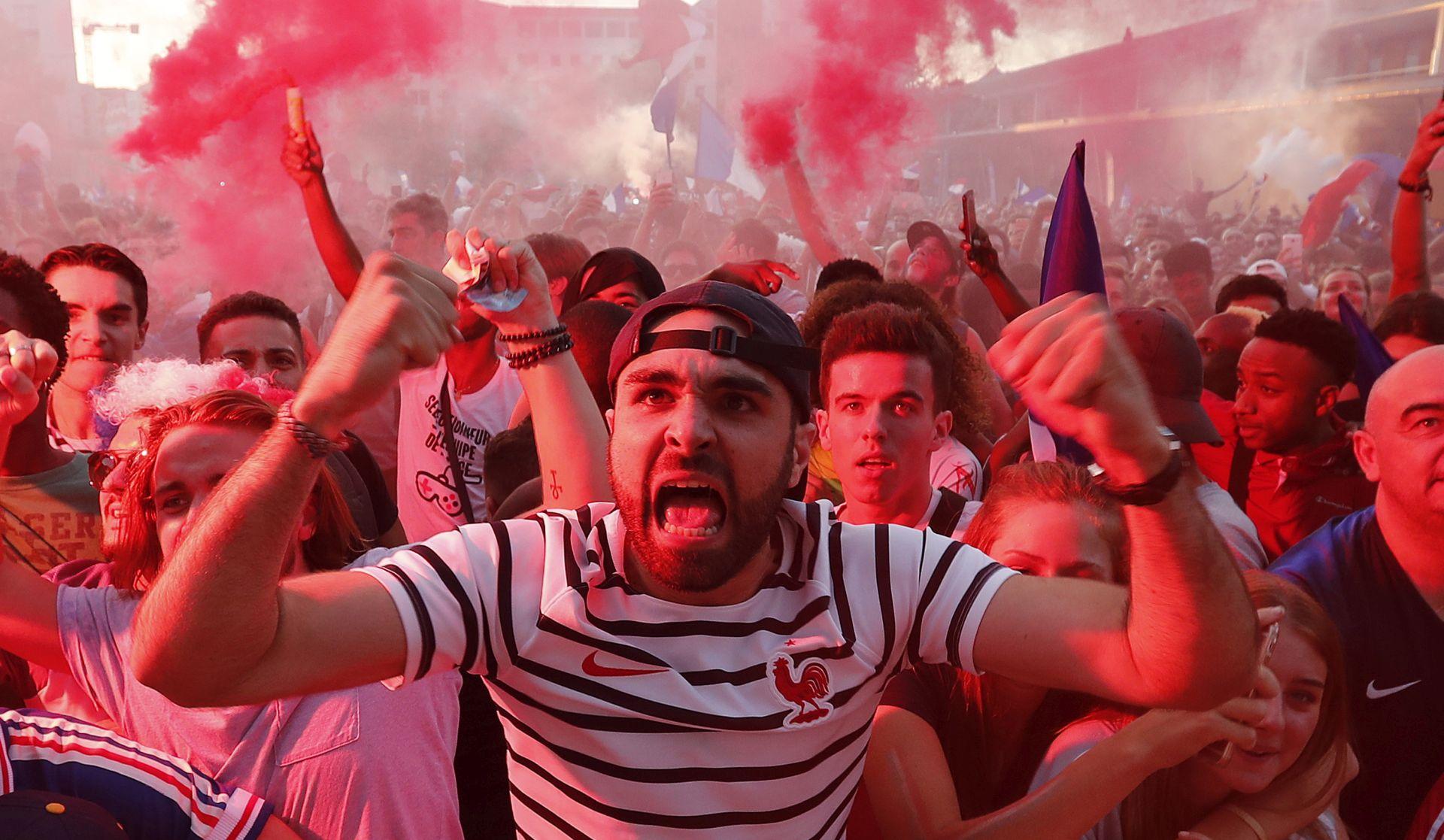 FOTO/VIDEO: Francuzi vatreno proslavili prolazak u finale SP-a